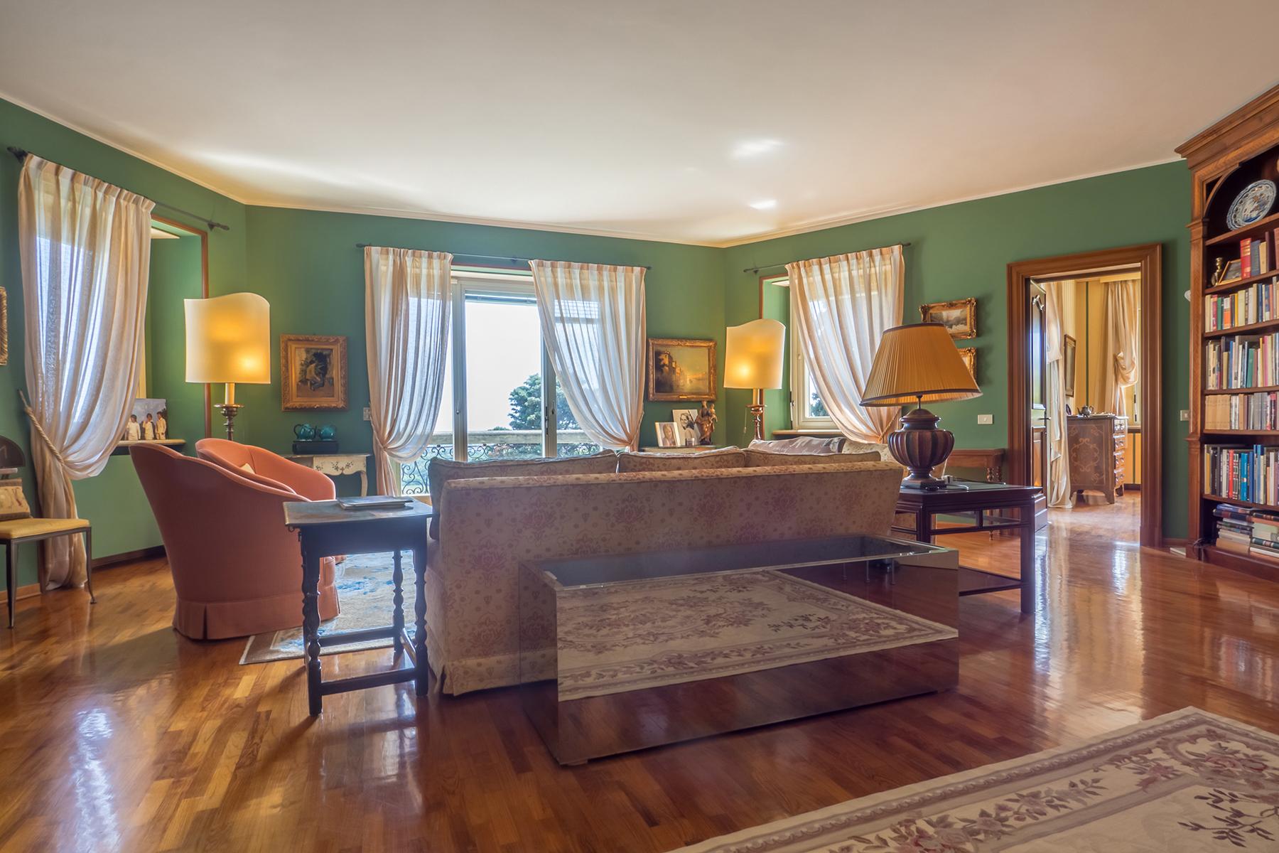 Appartamento in Vendita a Biella: 5 locali, 422 mq - Foto 3