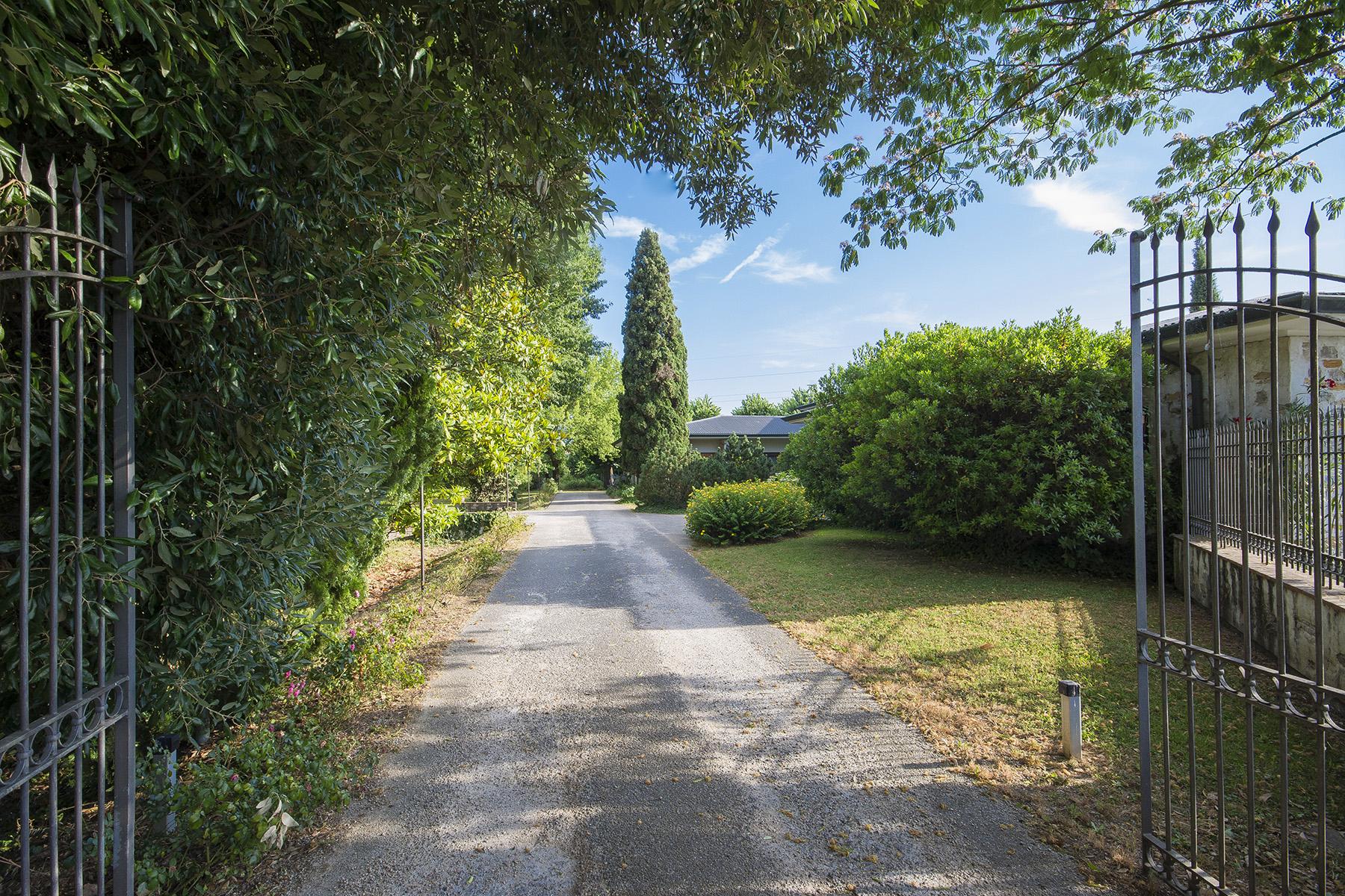 Villa in Vendita a Capannori: 5 locali, 500 mq