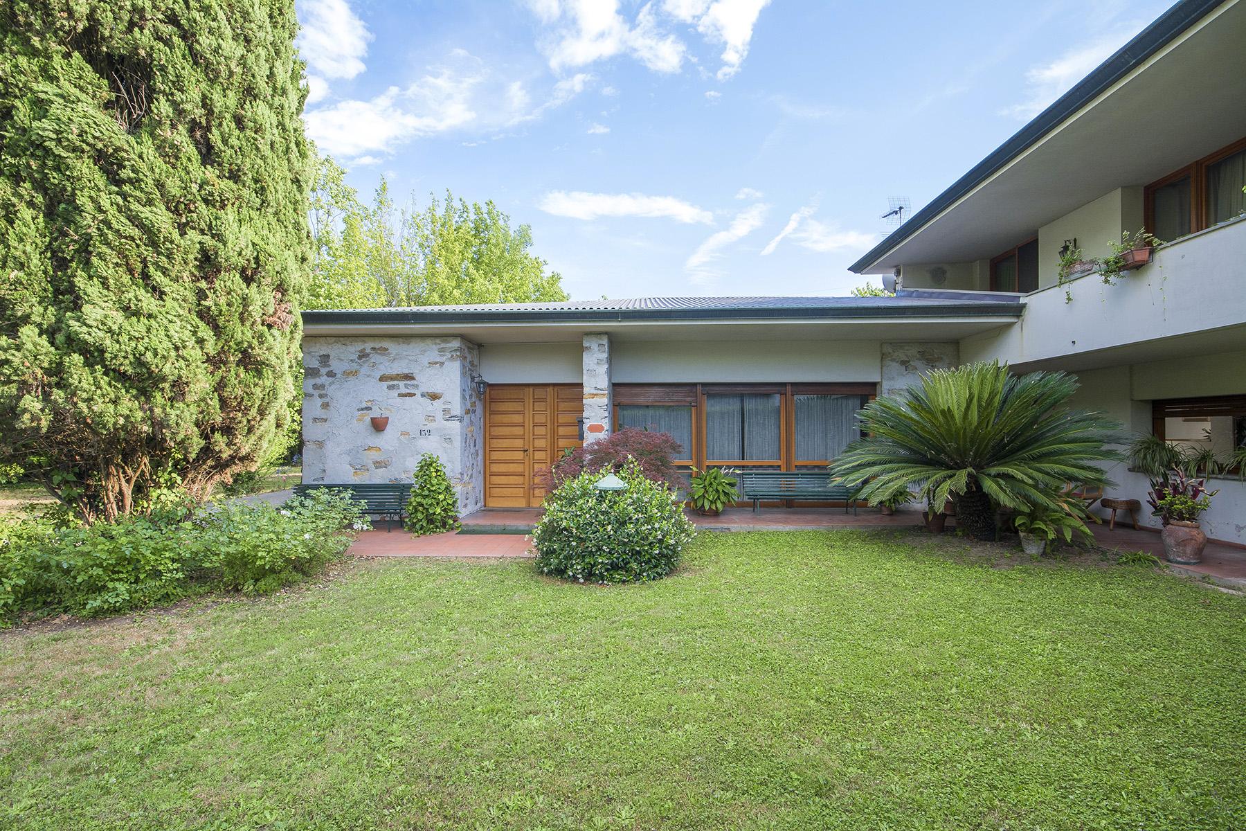 Villa in Vendita a Capannori:  5 locali, 500 mq  - Foto 1