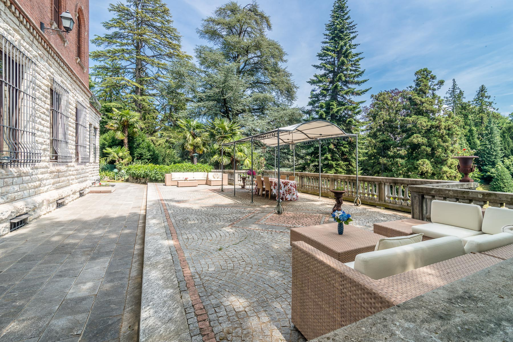 Villa in Vendita a Varese: 5 locali, 1150 mq - Foto 9