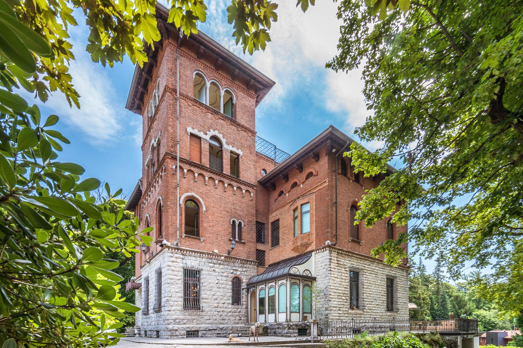 Villa in Vendita a Varese: 5 locali, 1150 mq - Foto 2