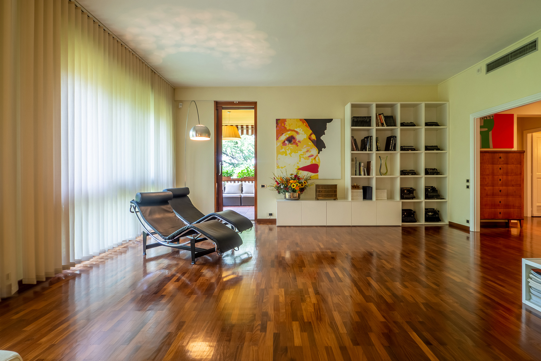 Appartamento in Vendita a San Mauro Torinese Centro: 5 locali, 213 mq