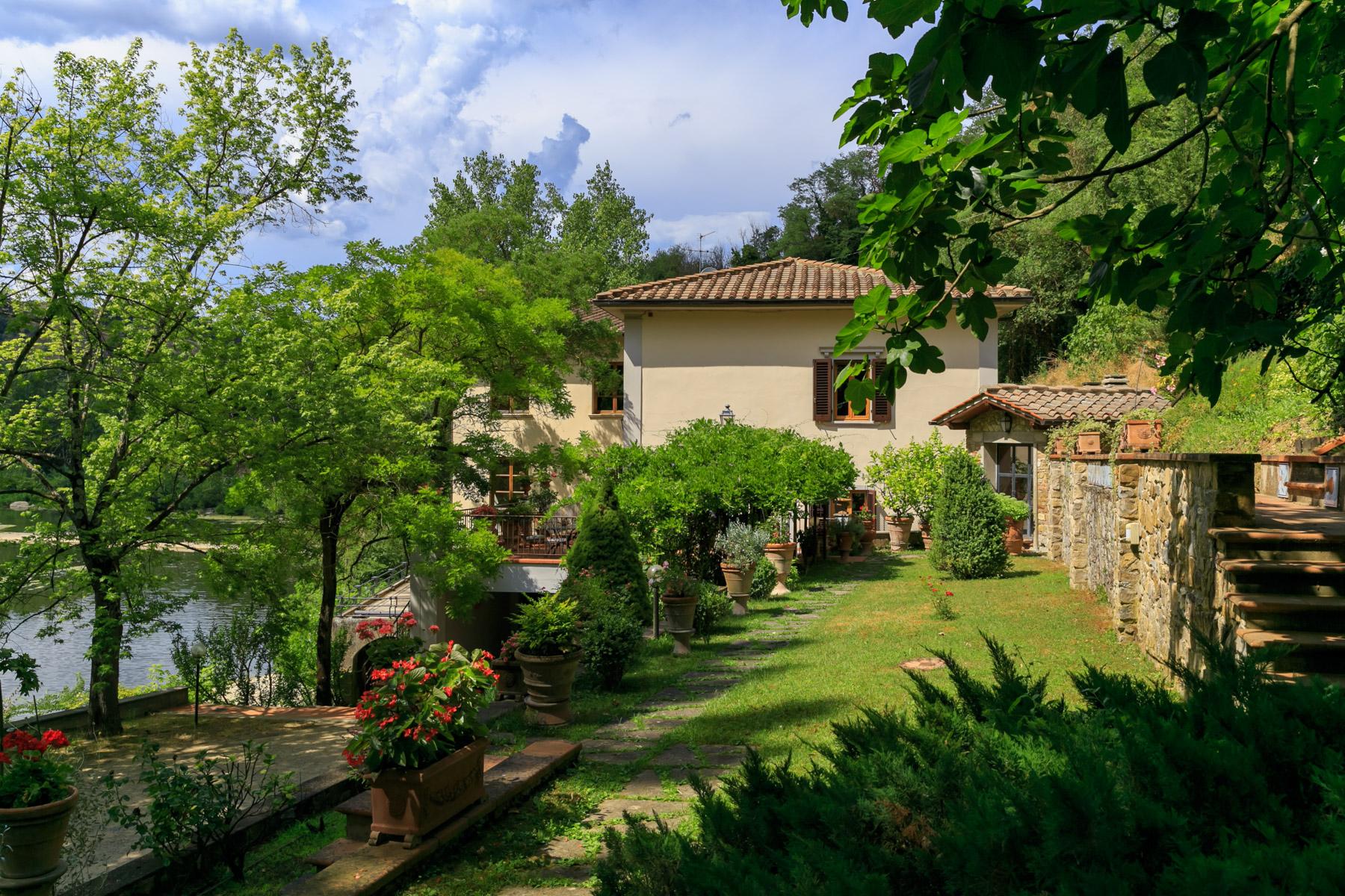 Villa in Vendita a Incisa In Val D'Arno: 5 locali, 750 mq - Foto 3