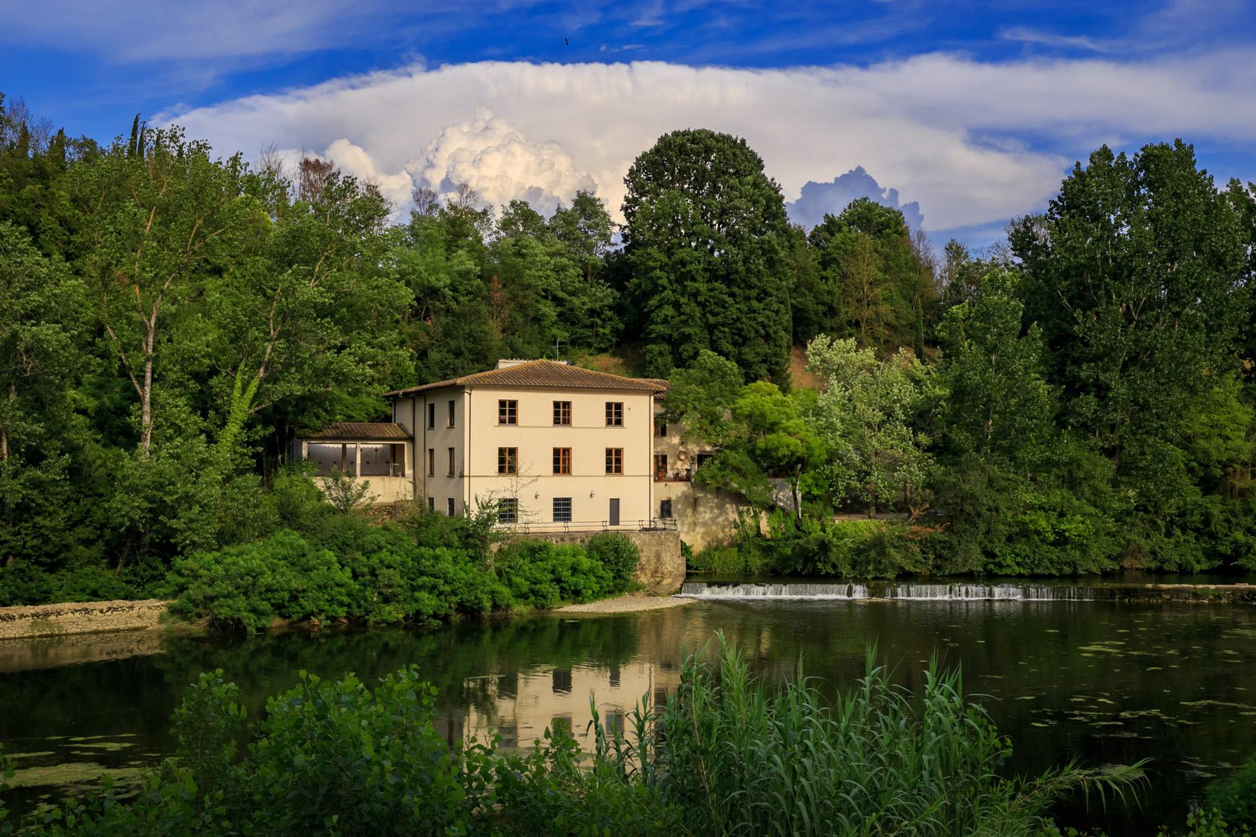 Villa in Vendita a Incisa In Val D'Arno: 5 locali, 750 mq - Foto 2