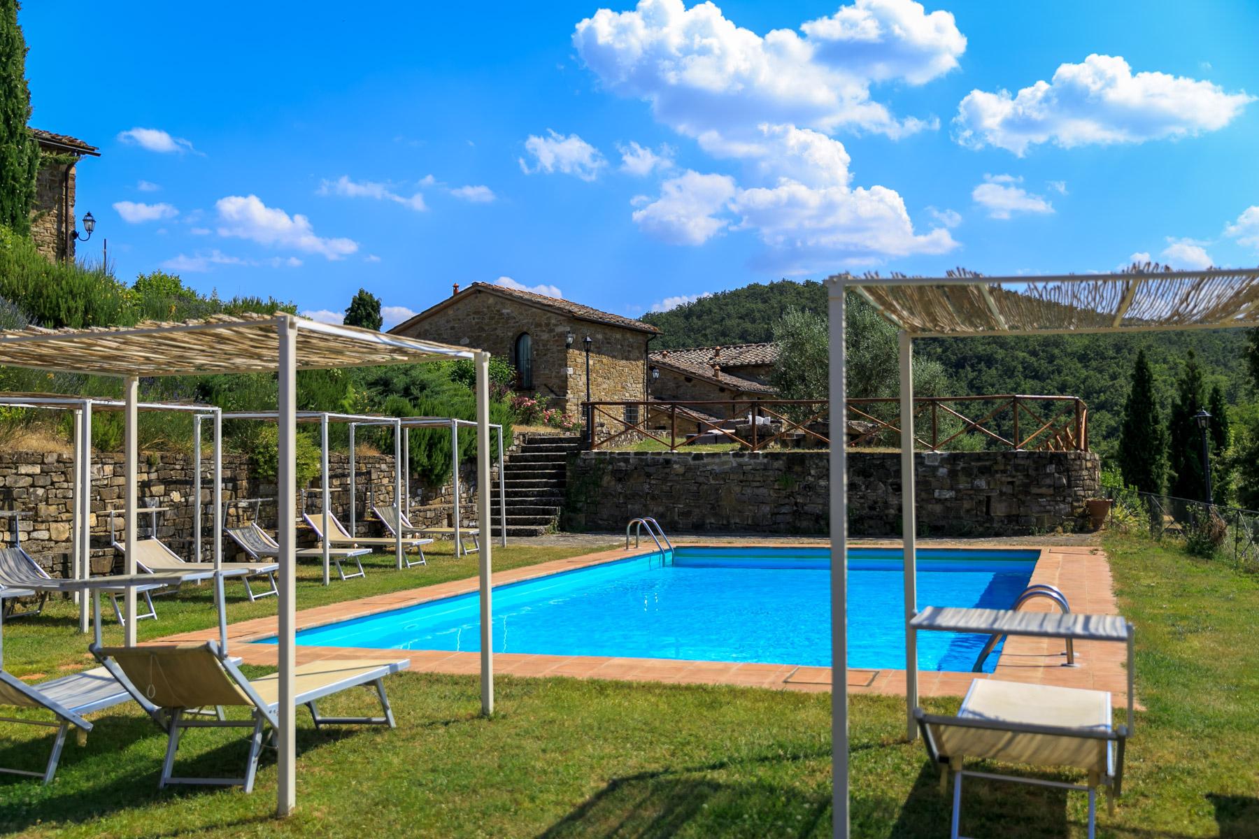 Rustico in Vendita a Greve In Chianti: 5 locali, 650 mq - Foto 9