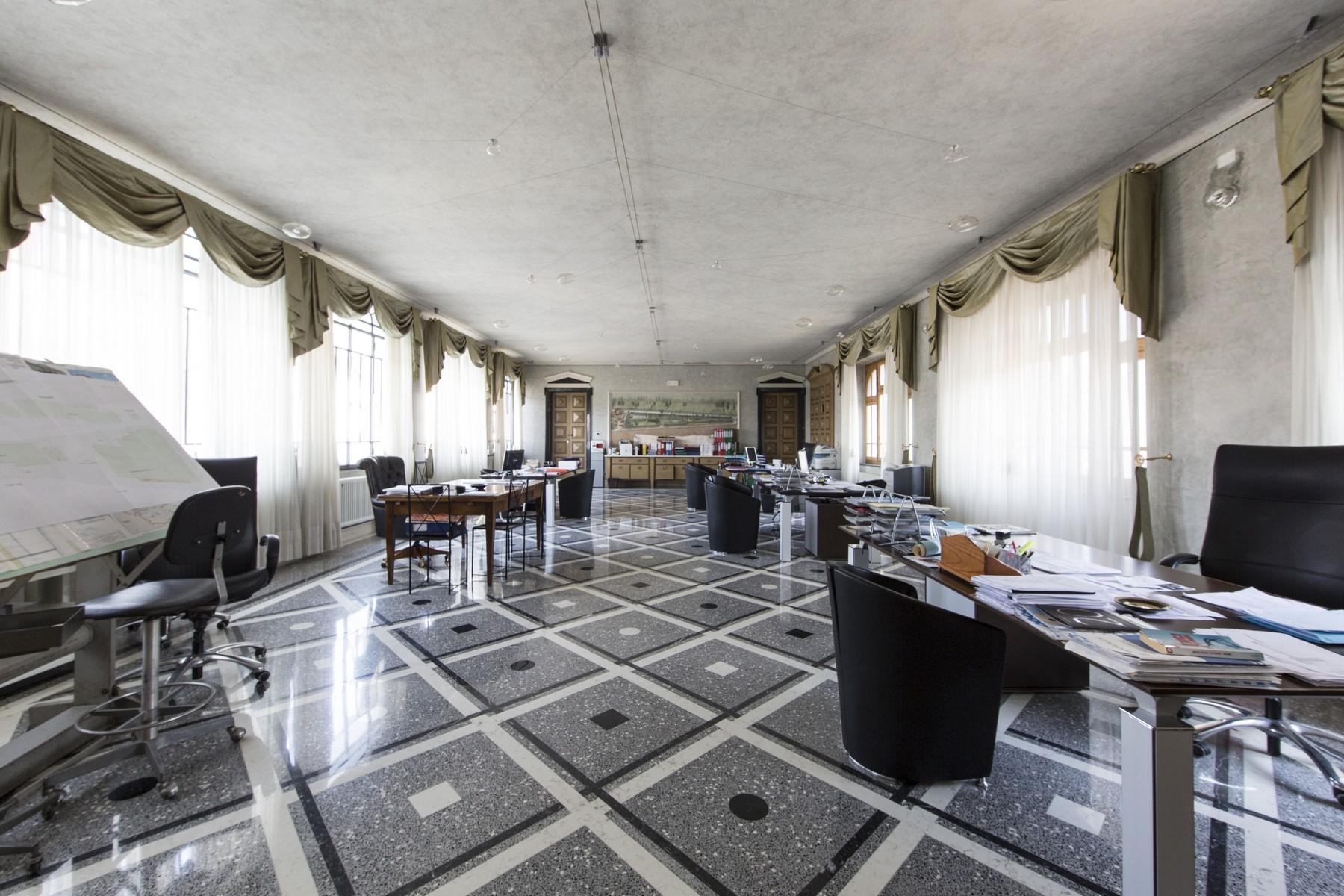 Villa in Vendita a Lonato: 5 locali, 2900 mq - Foto 17
