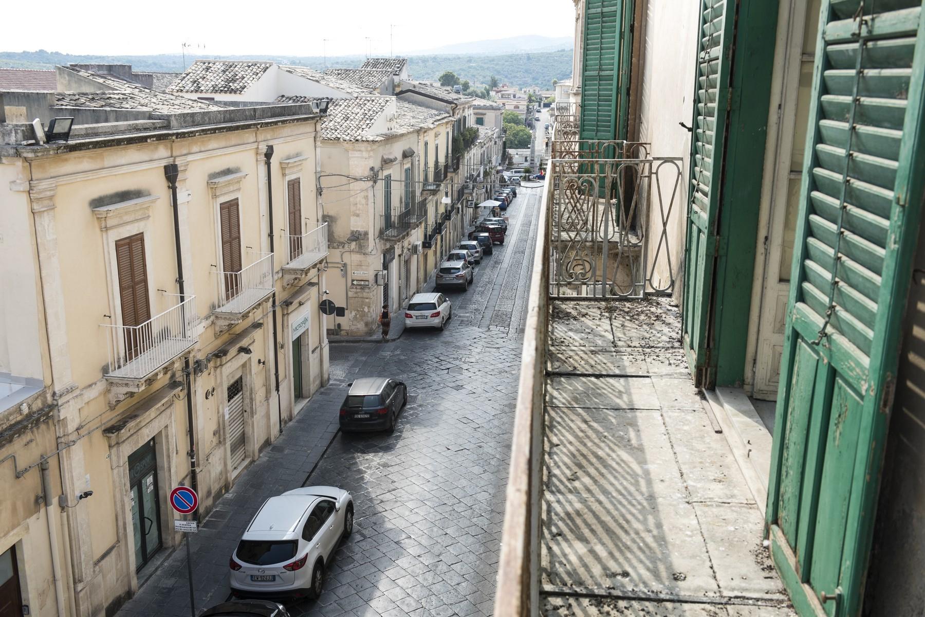 Palazzo in Vendita a Noto: 5 locali, 650 mq - Foto 2