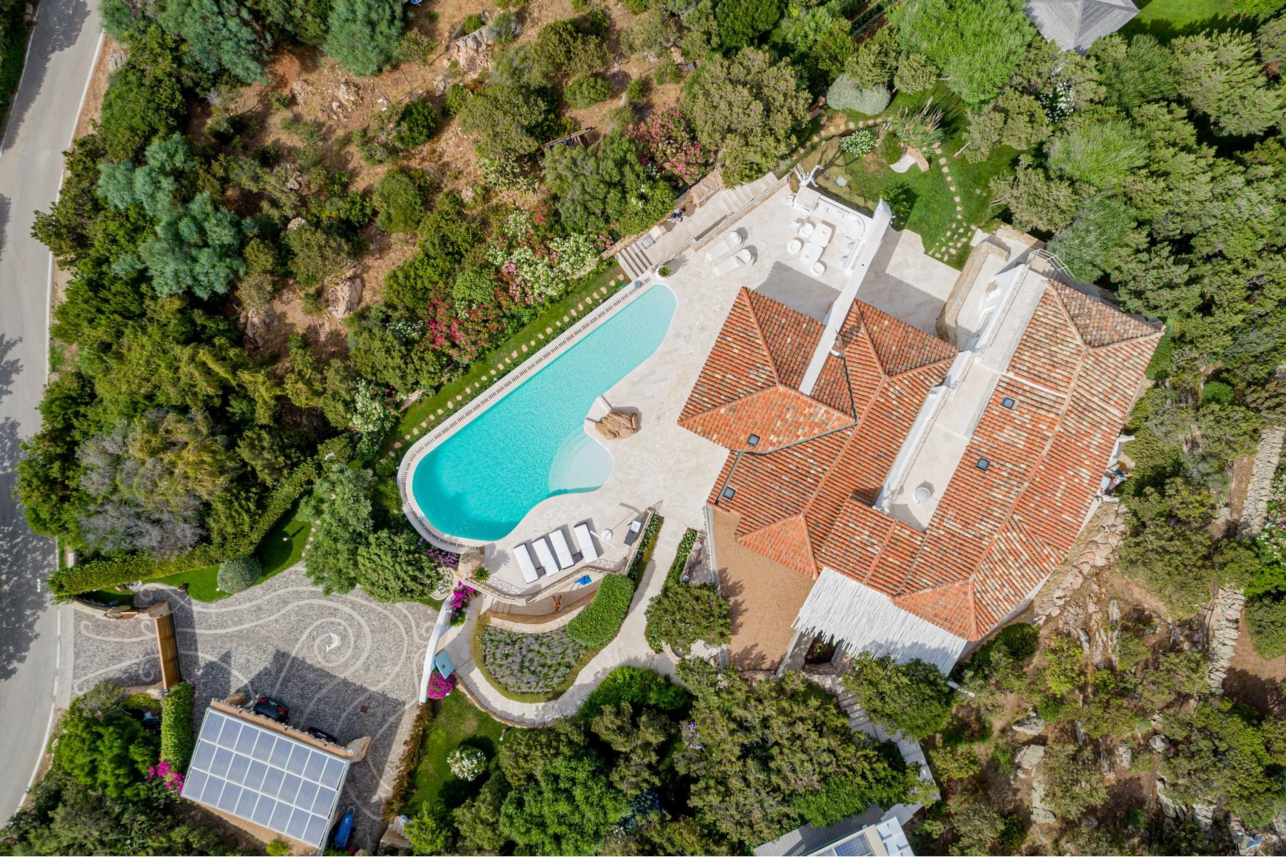 Villa in Vendita a Arzachena: 5 locali, 252 mq - Foto 3