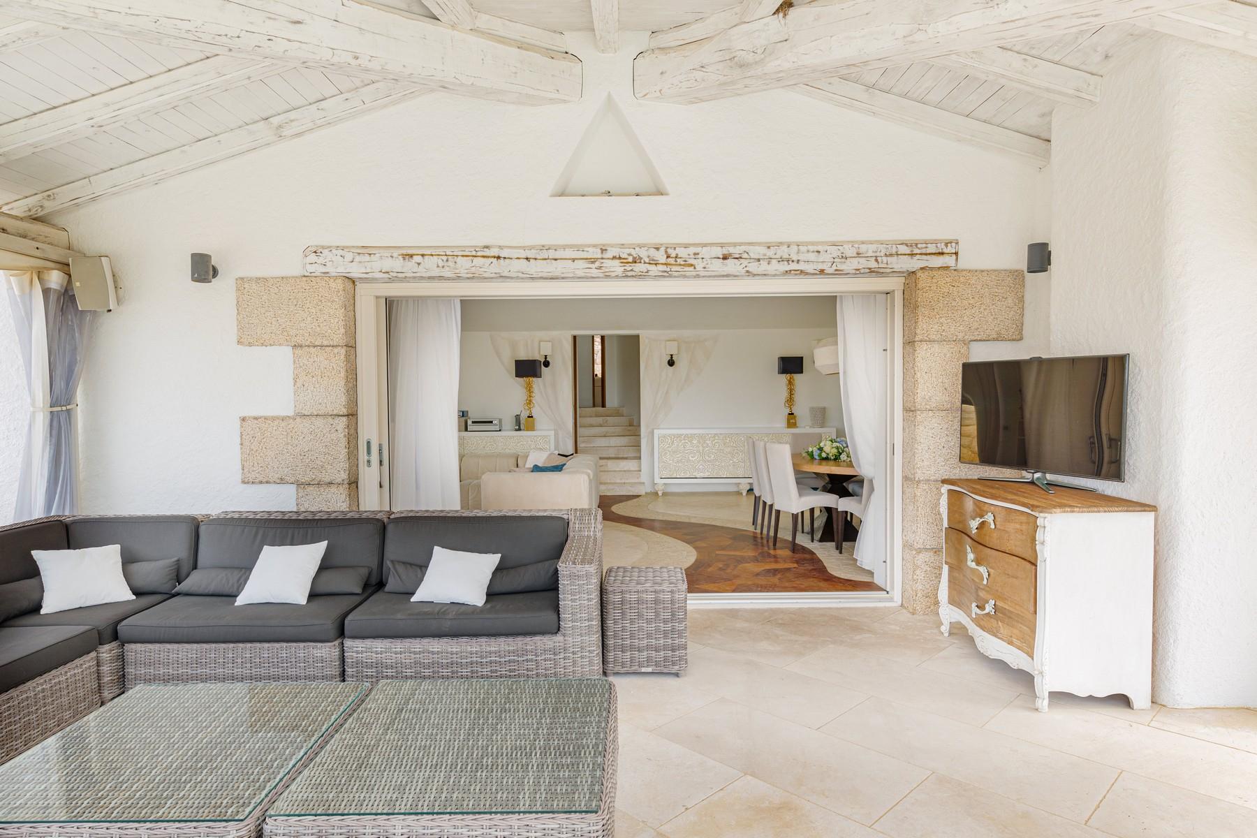 Villa in Vendita a Arzachena: 5 locali, 252 mq - Foto 14