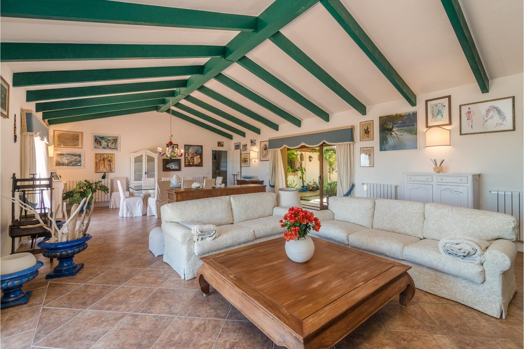 Villa in Vendita a Olbia: 5 locali, 483 mq - Foto 9