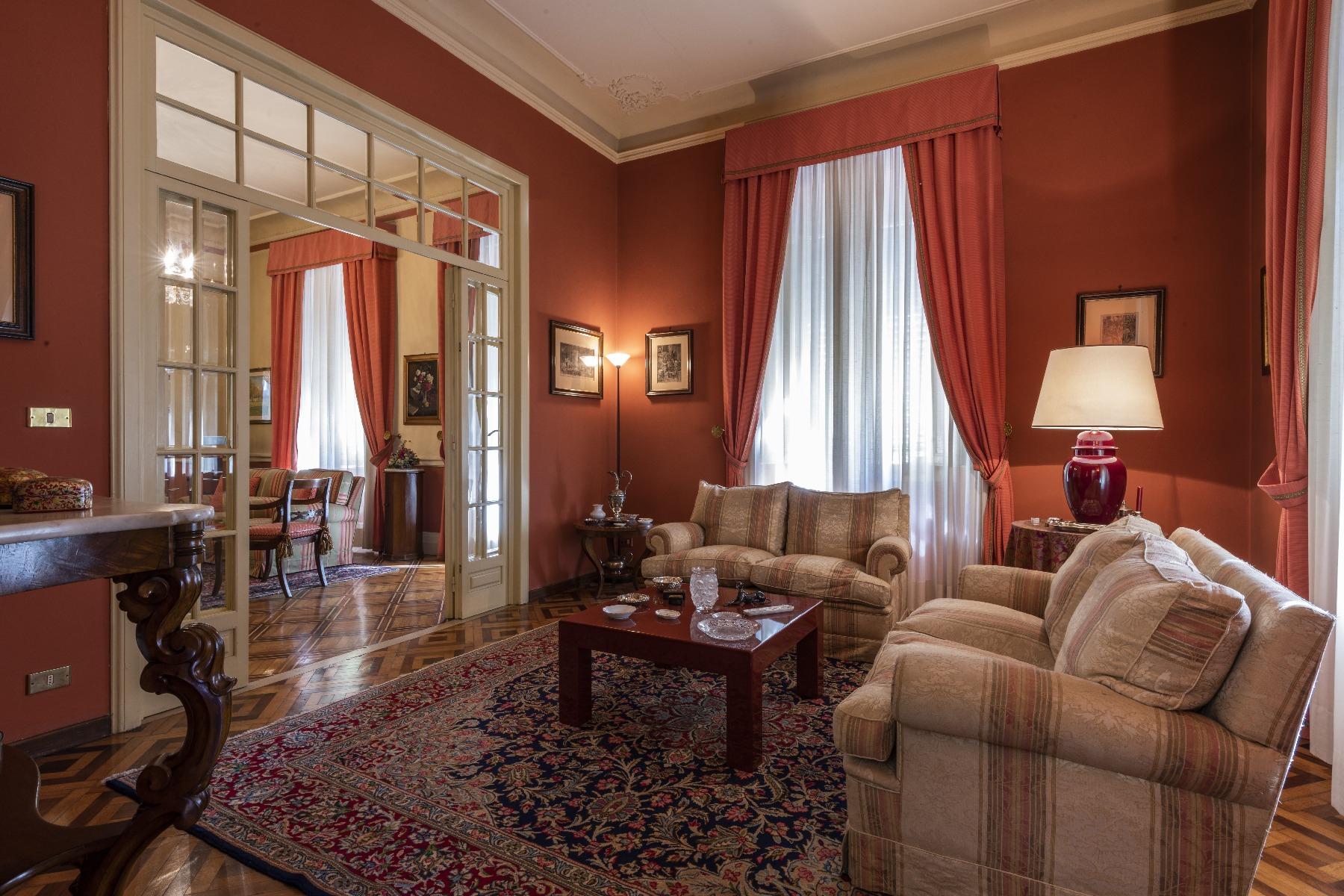 Villa in Vendita a Lucca: 5 locali, 660 mq - Foto 4