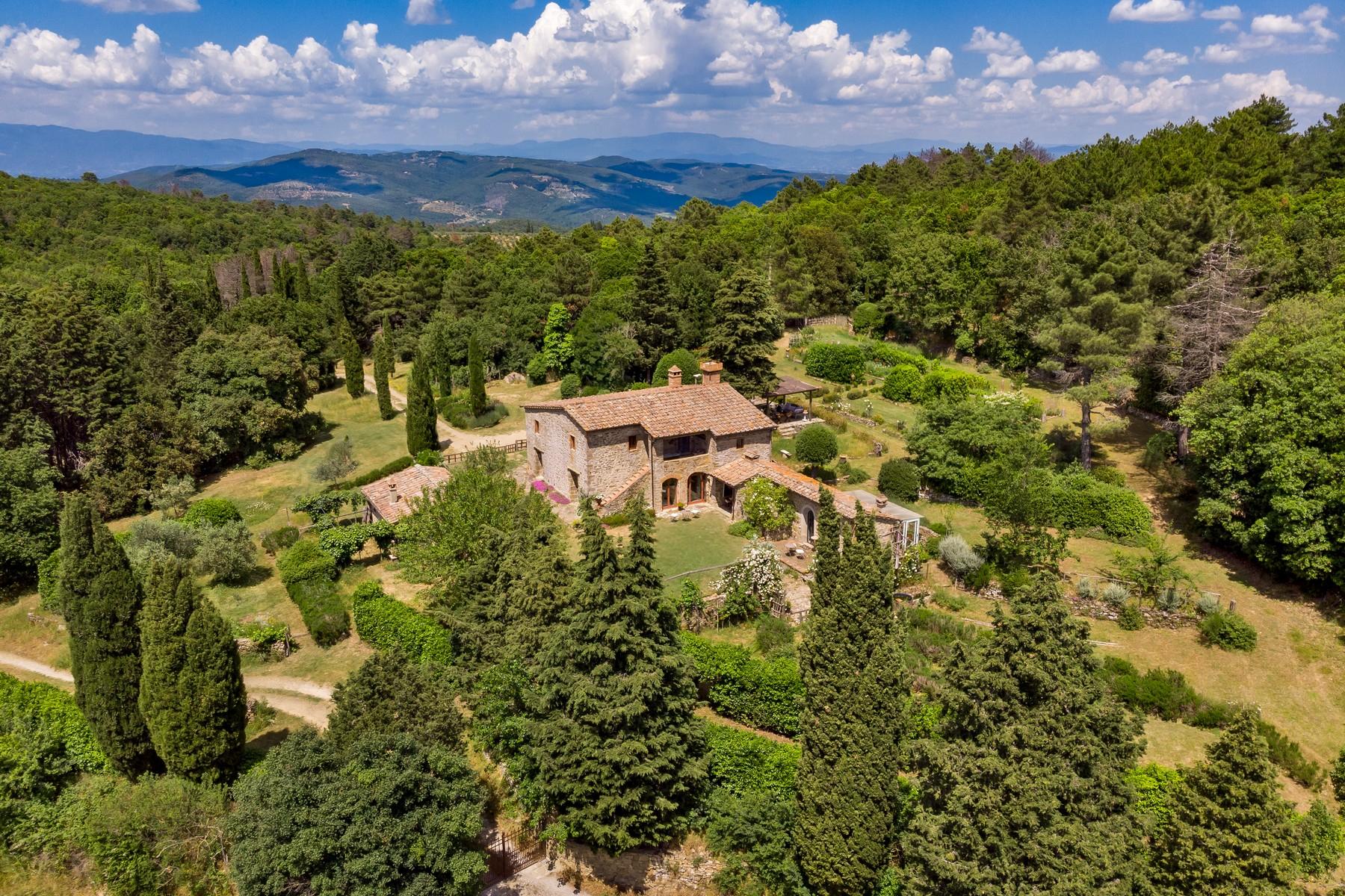 Villa in Vendita a Monte San Savino strada provinciale del calcione