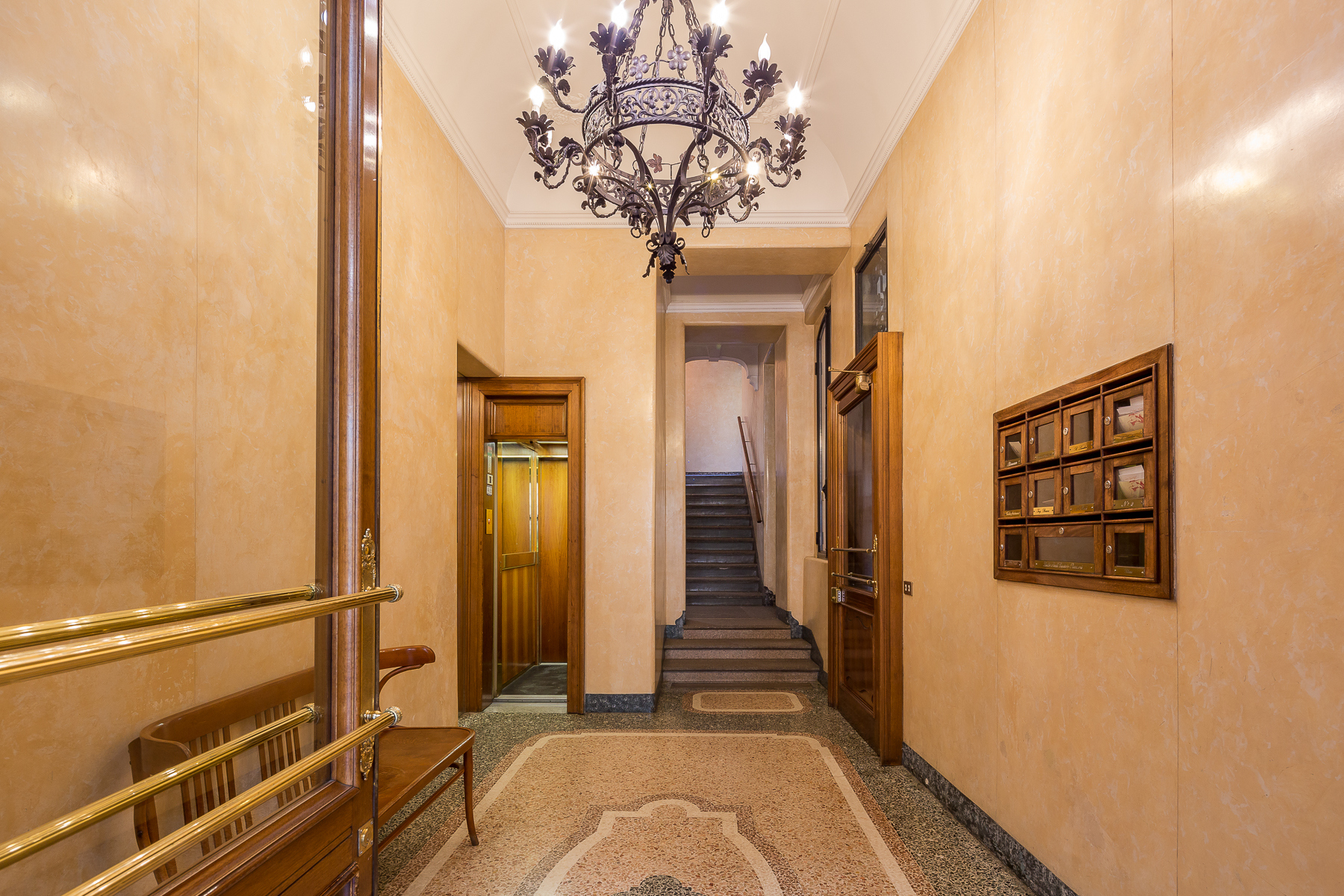 Appartamento in Vendita a Milano: 5 locali, 300 mq - Foto 4