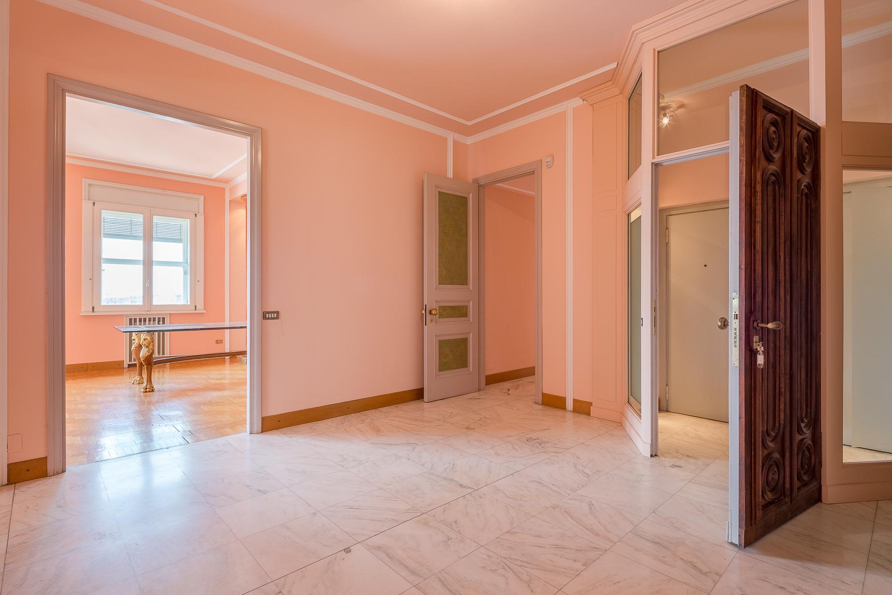 Appartamento in Vendita a Milano: 5 locali, 340 mq - Foto 2