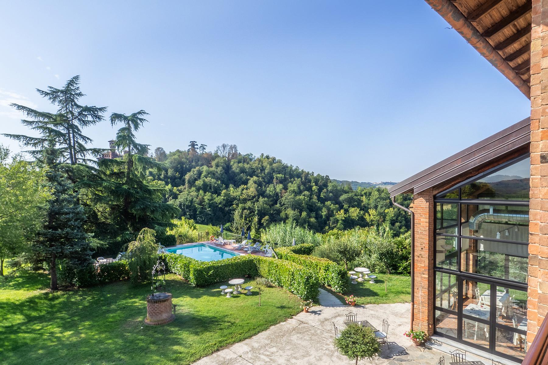 Rustico in Vendita a Sala Monferrato: 5 locali, 1000 mq