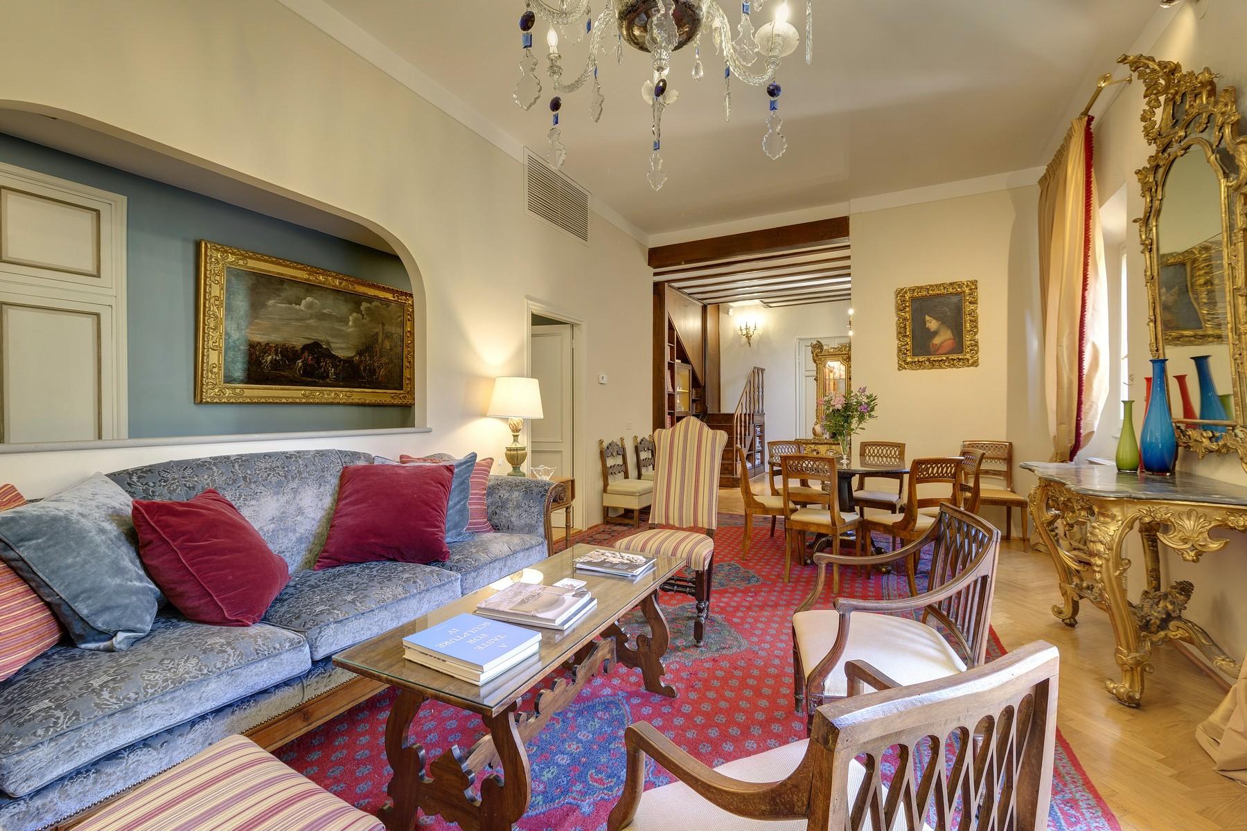 Appartamento in Affitto a Firenze Centro: 5 locali, 140 mq