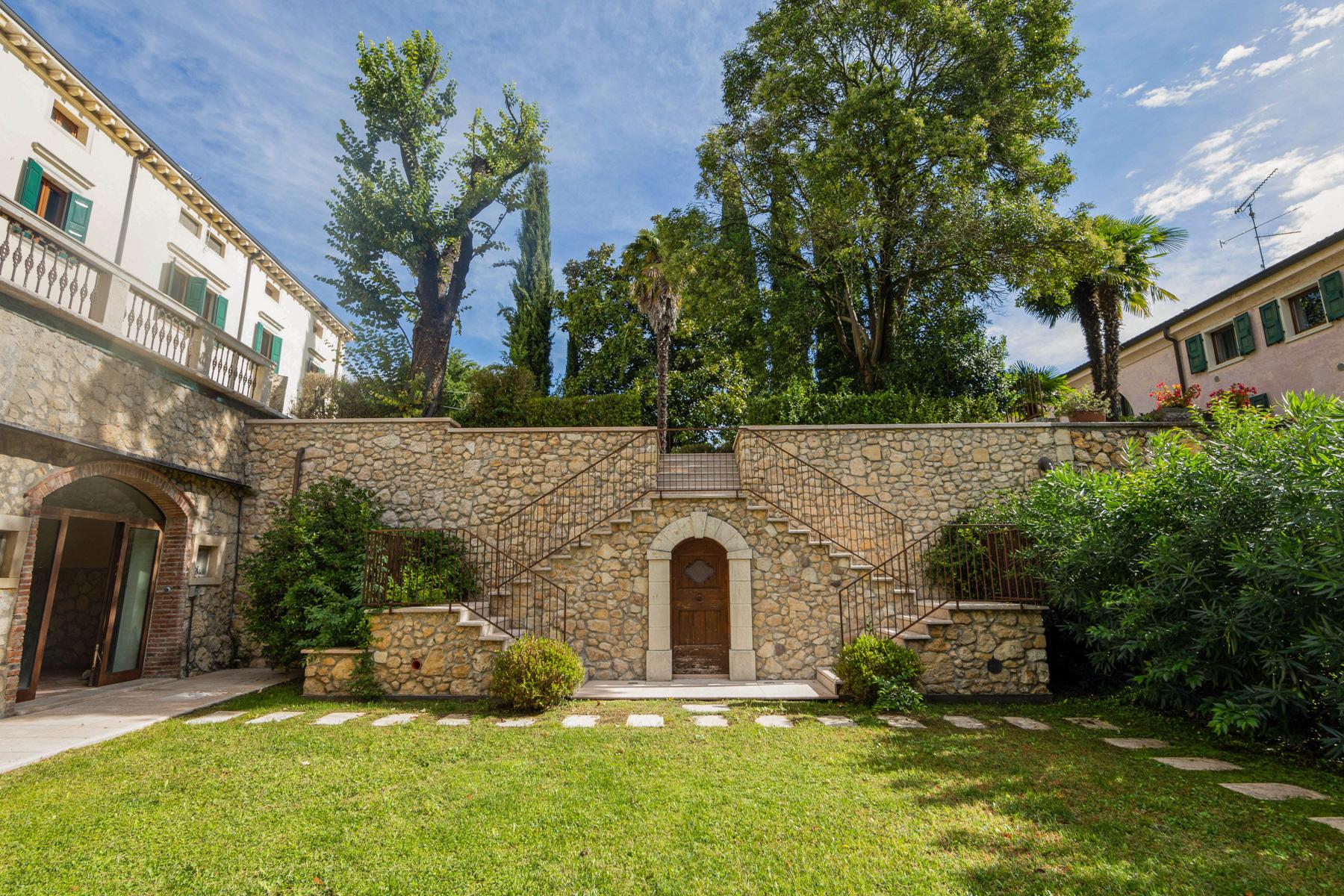 Villa in Vendita a Verona: 5 locali, 890 mq - Foto 3