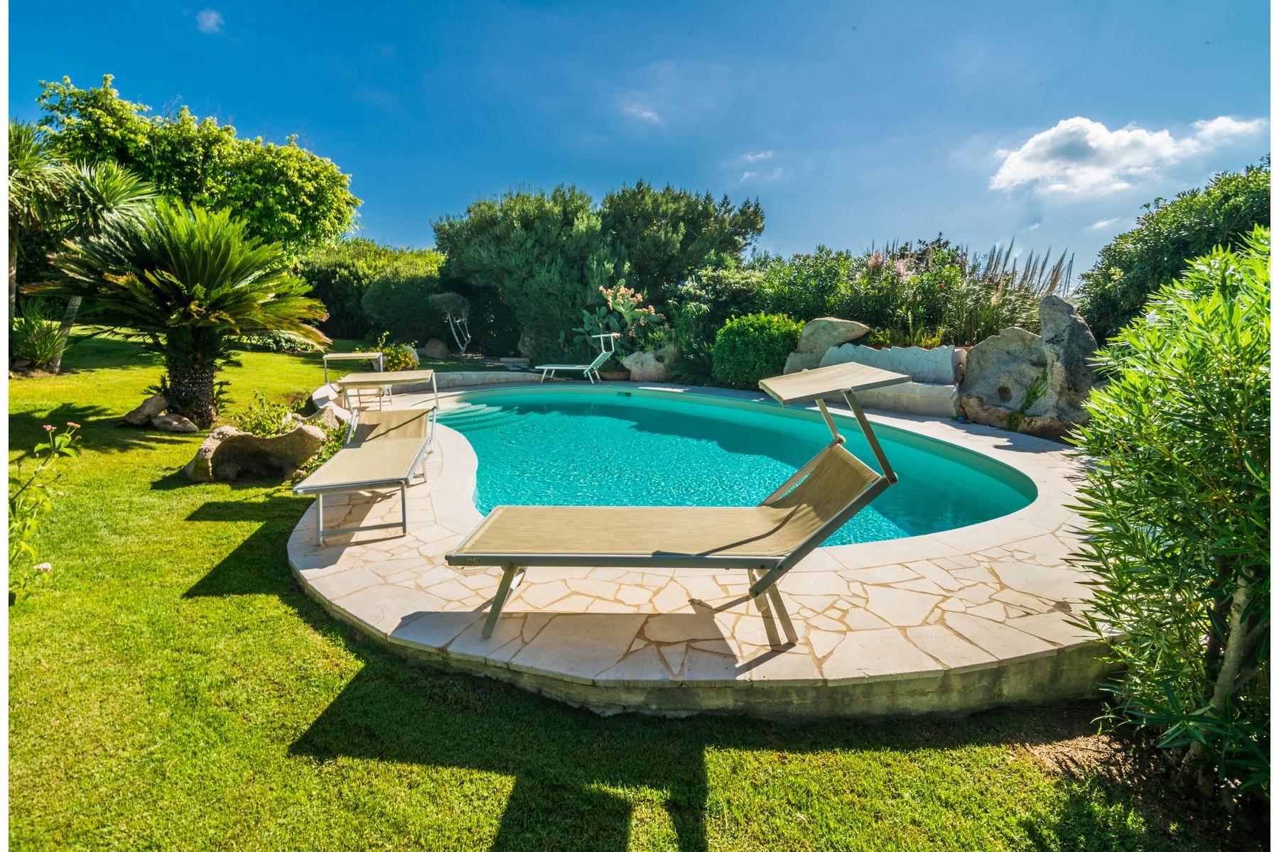 Villa in Vendita a Arzachena: 5 locali, 173 mq - Foto 2
