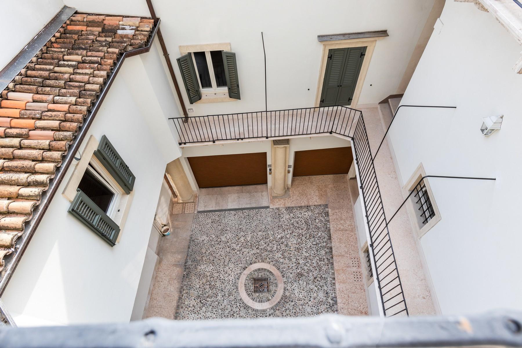 Appartamento in Vendita a Verona: 5 locali, 150 mq - Foto 22
