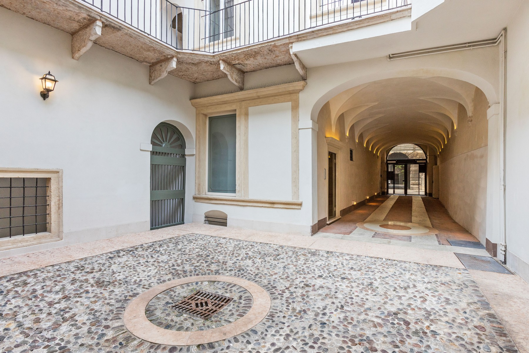 Appartamento in Vendita a Verona: 5 locali, 150 mq - Foto 12