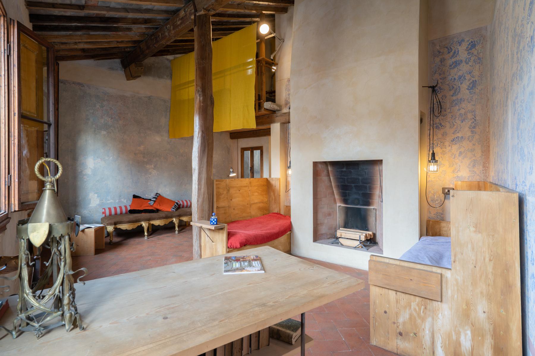 Appartamento in Vendita a Firenze: 4 locali, 120 mq - Foto 2