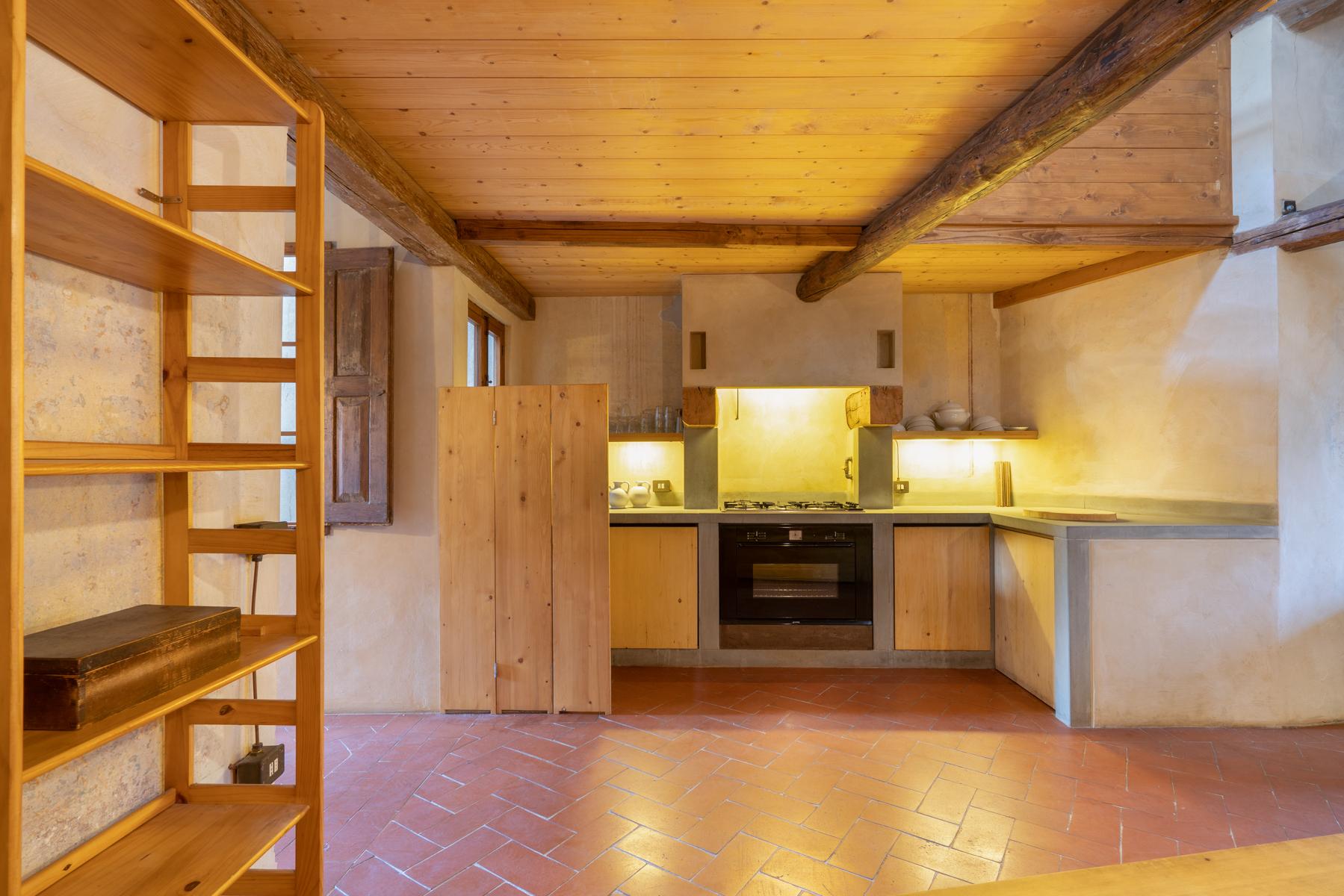 Appartamento in Vendita a Firenze: 4 locali, 120 mq - Foto 9