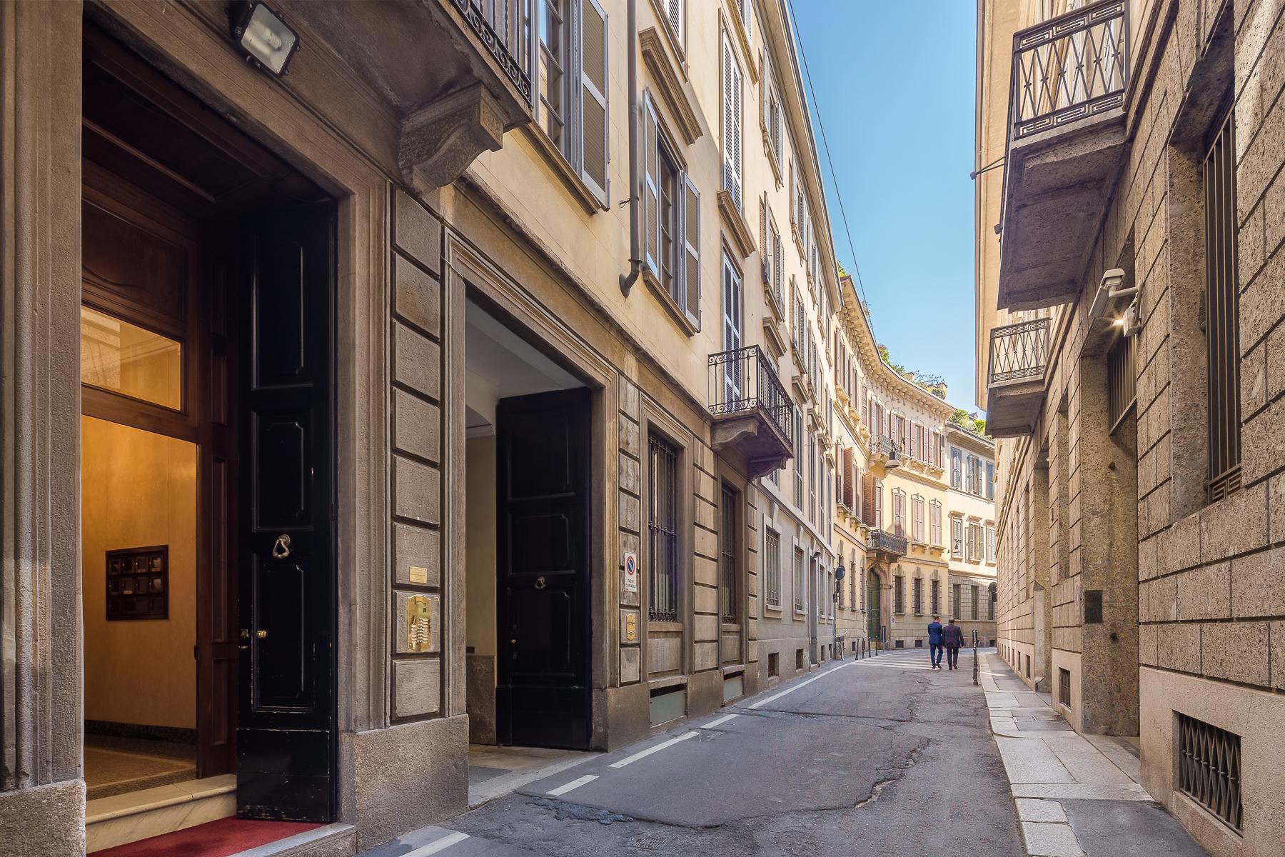 Appartamento in Affitto a Milano: 5 locali, 300 mq - Foto 2