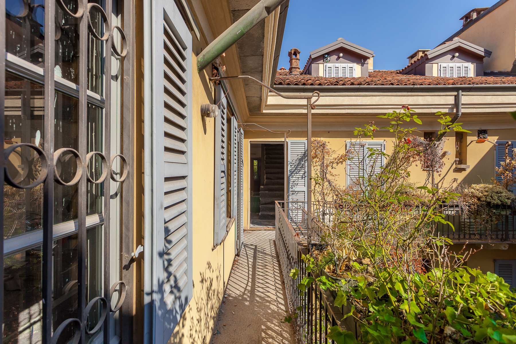 Appartamento in Affitto a Milano via del lauro