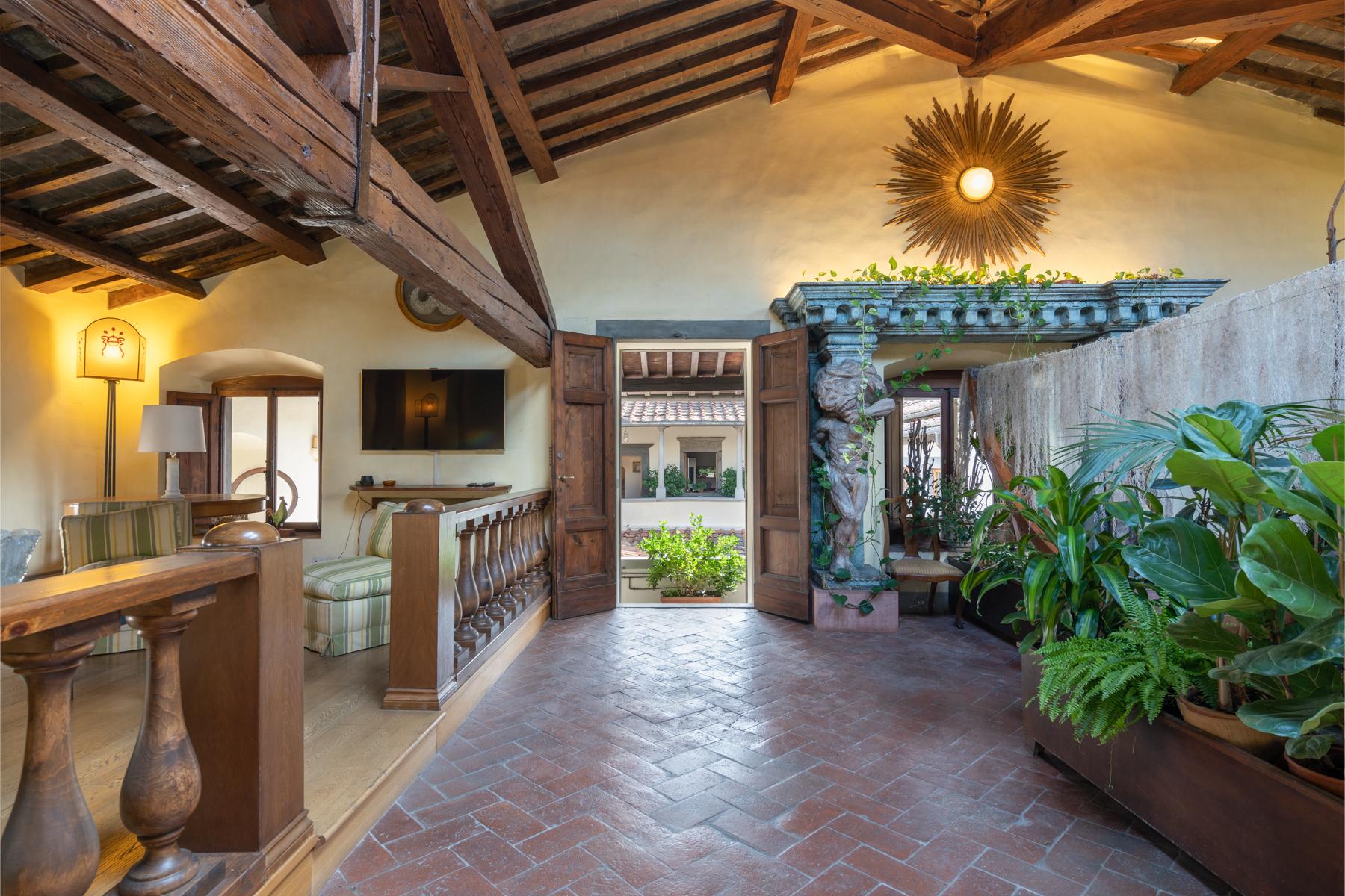Appartamento in Affitto a Firenze: 5 locali, 370 mq - Foto 3