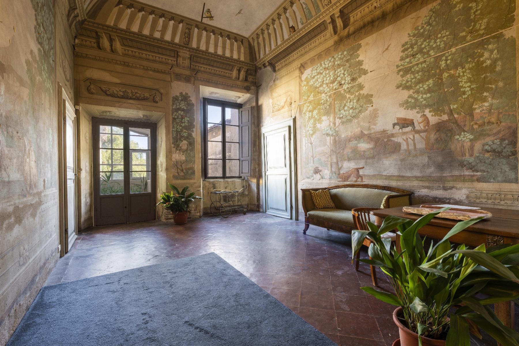 Villa in Vendita a Pisa: 5 locali, 2820 mq - Foto 2