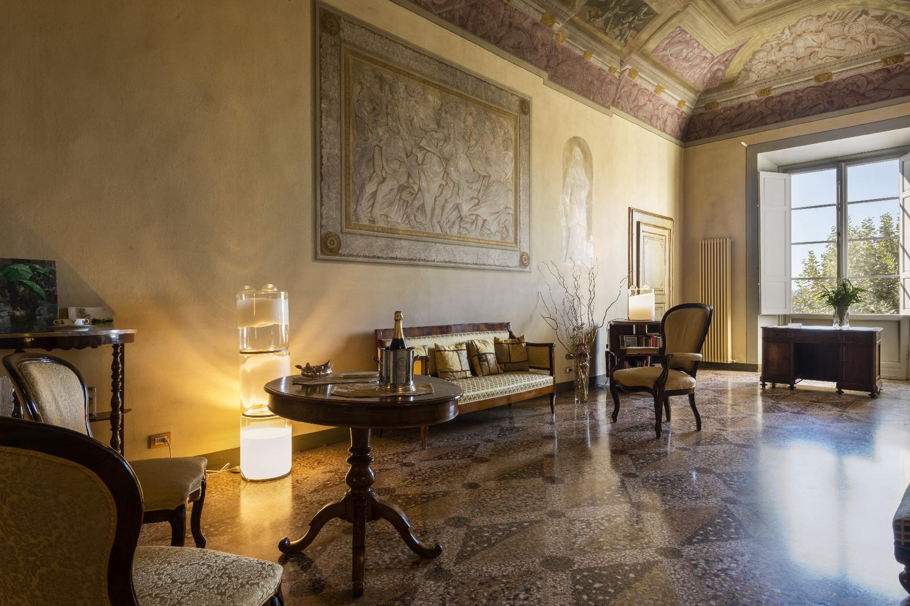 Villa in Vendita a Pisa: 5 locali, 2820 mq - Foto 8