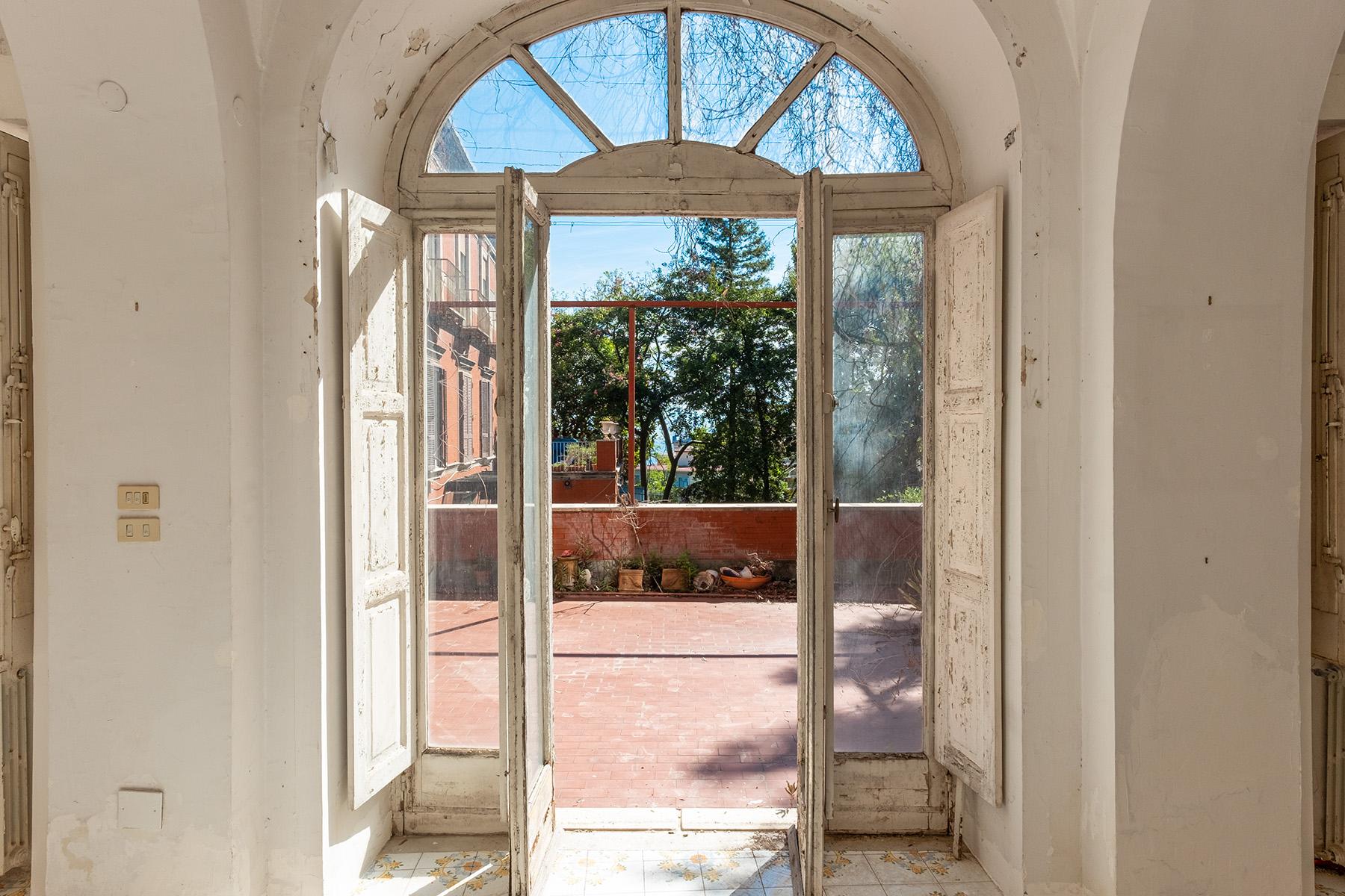 Casa indipendente in Vendita a Napoli: 5 locali, 300 mq - Foto 8