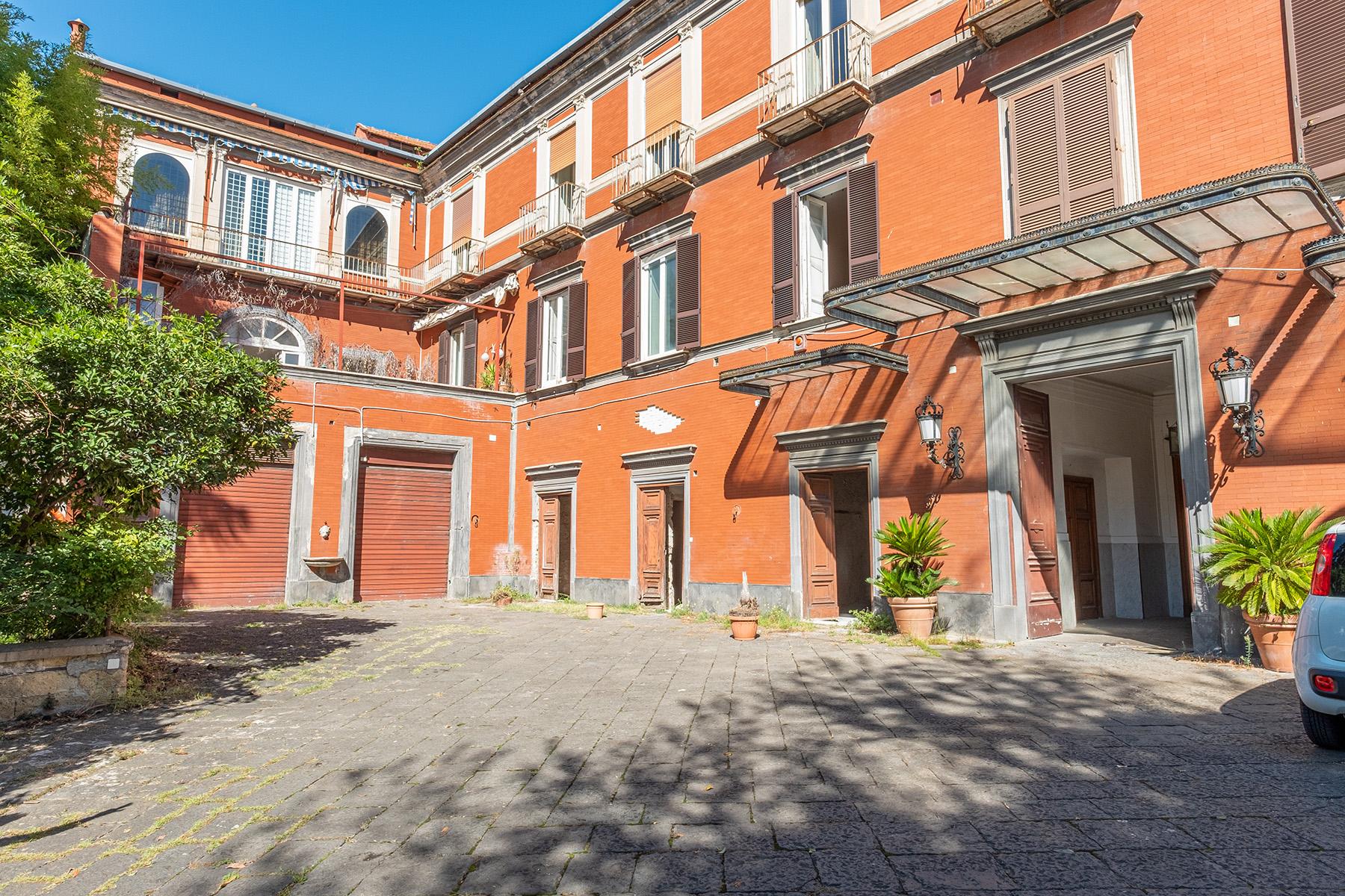 Casa indipendente in Vendita a Napoli: 5 locali, 300 mq - Foto 13
