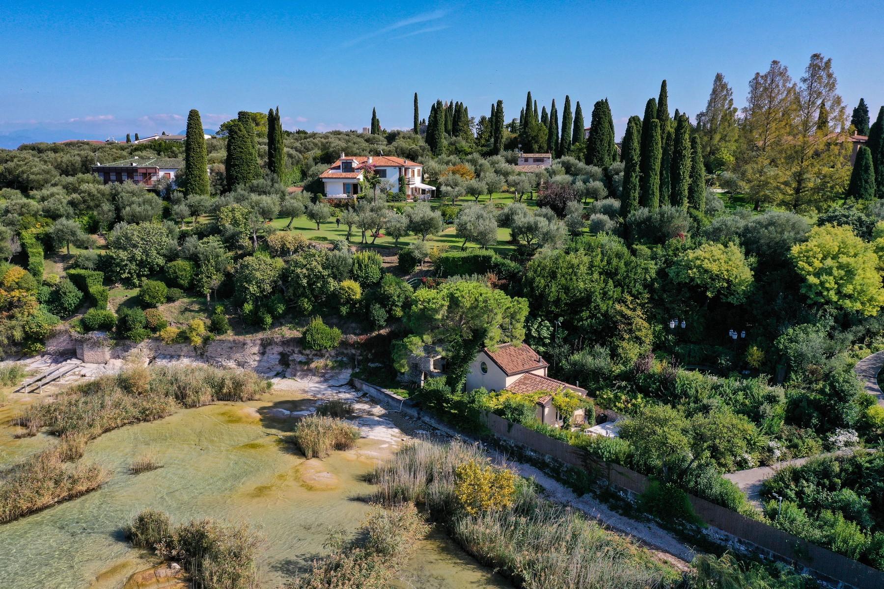 Villa in Vendita a Sirmione: 5 locali, 500 mq - Foto 4