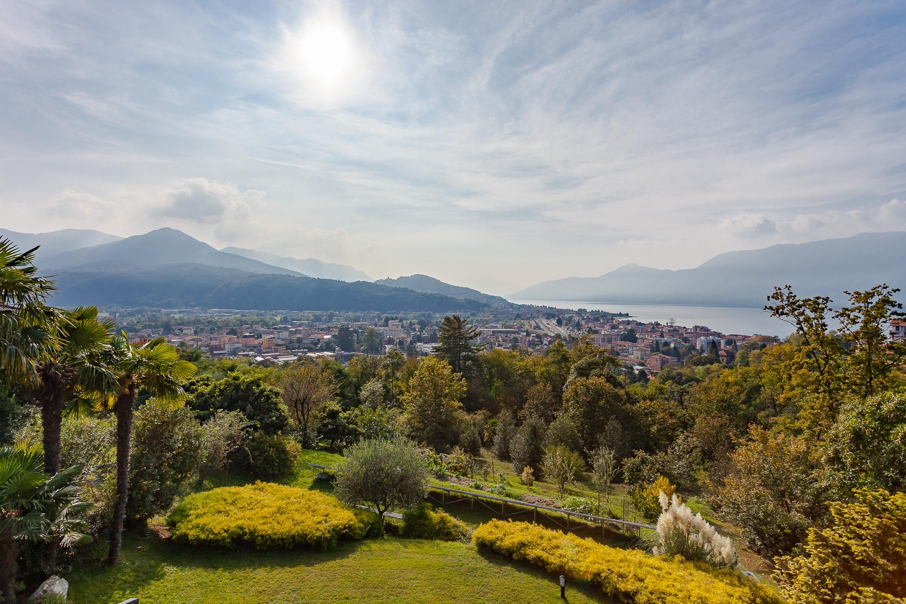 Villa in Vendita a Luino: 5 locali, 324 mq - Foto 5