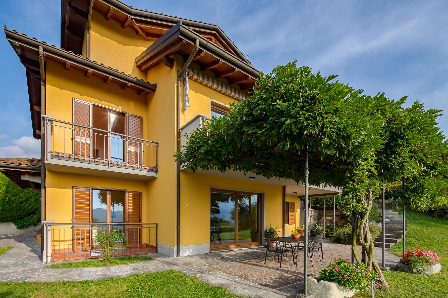 Villa in Vendita a Luino: 5 locali, 324 mq - Foto 8