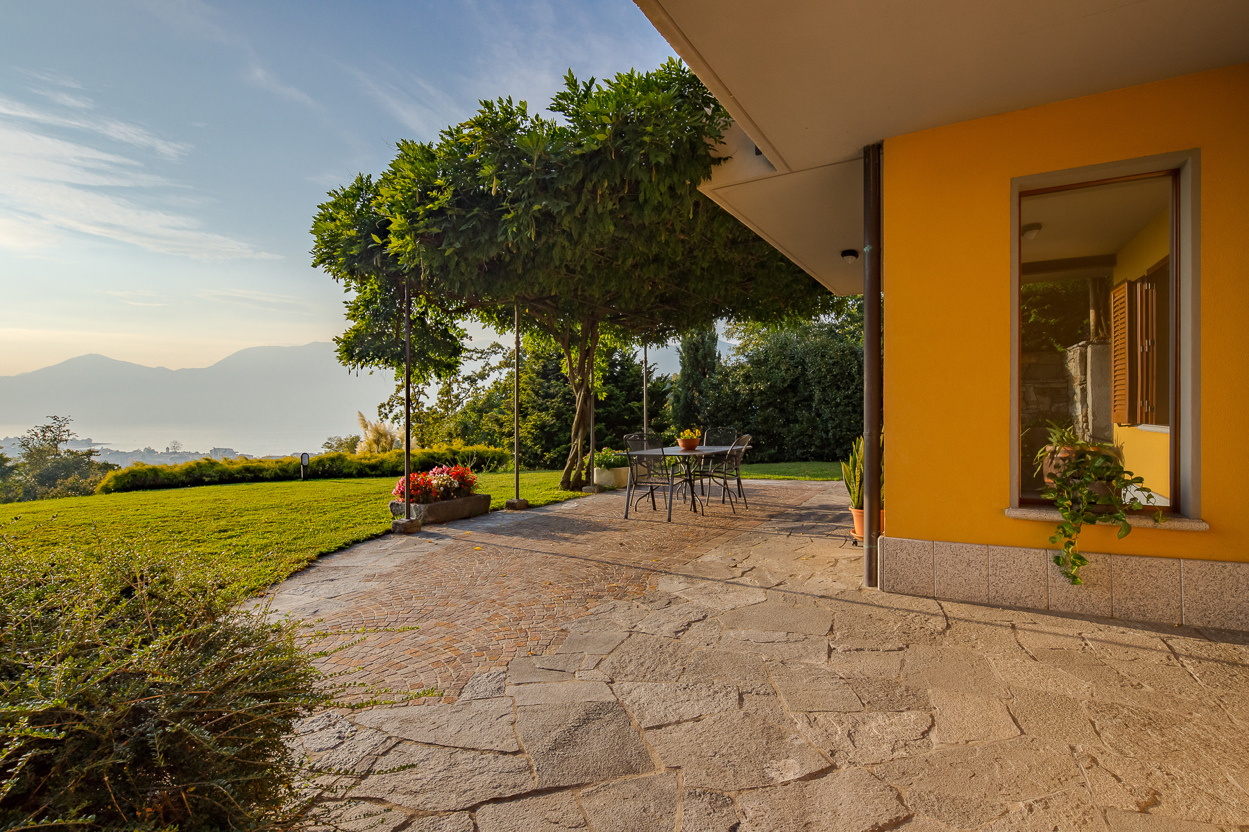 Villa in Vendita a Luino: 5 locali, 324 mq - Foto 11