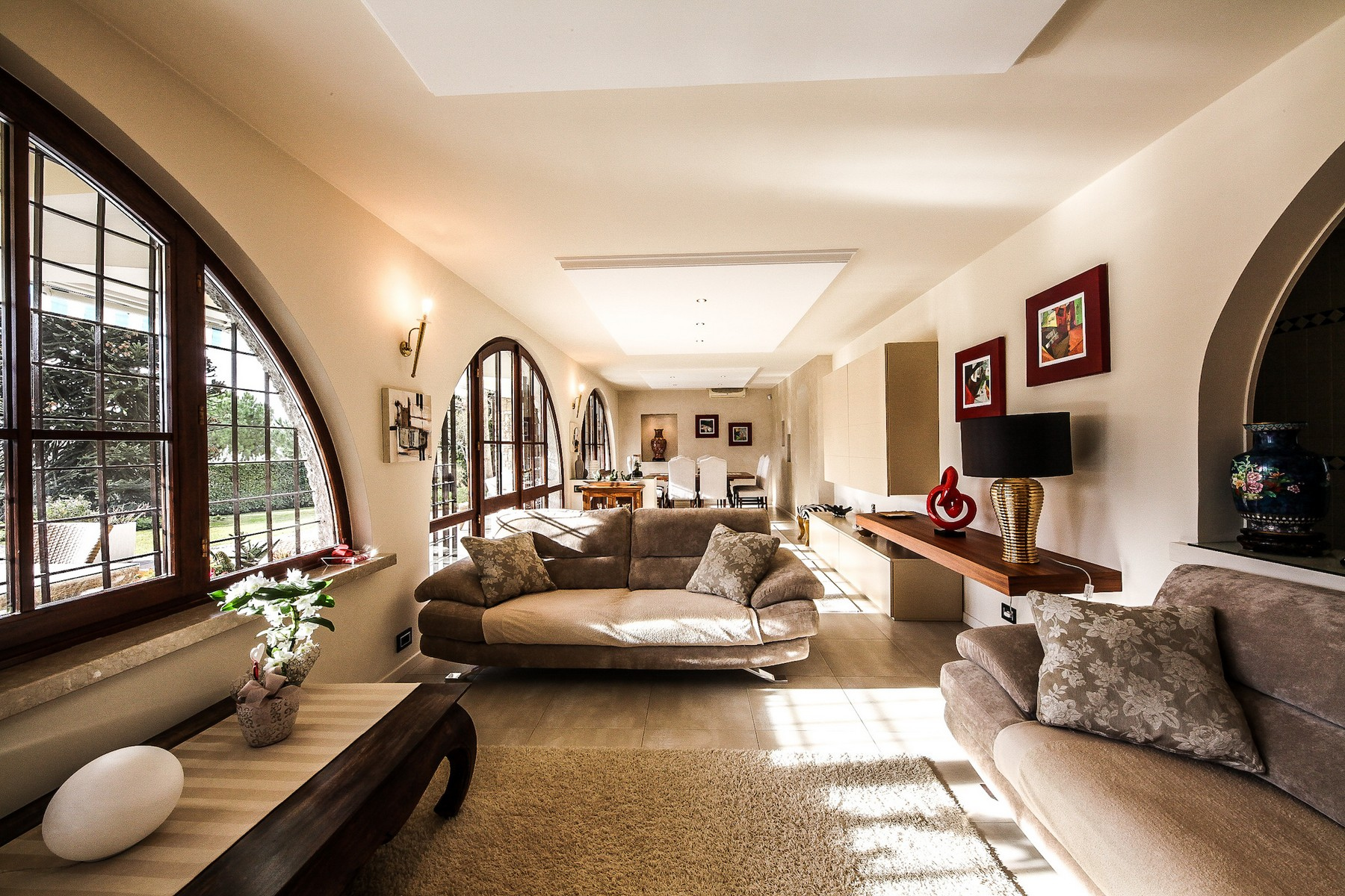 Villa in Vendita a Padenghe Sul Garda: 5 locali, 330 mq - Foto 2