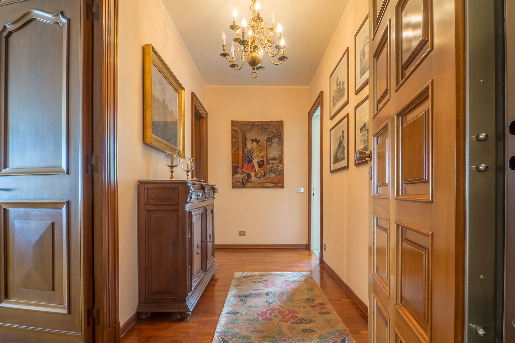 Appartamento in Vendita a Biella: 4 locali, 185 mq - Foto 3