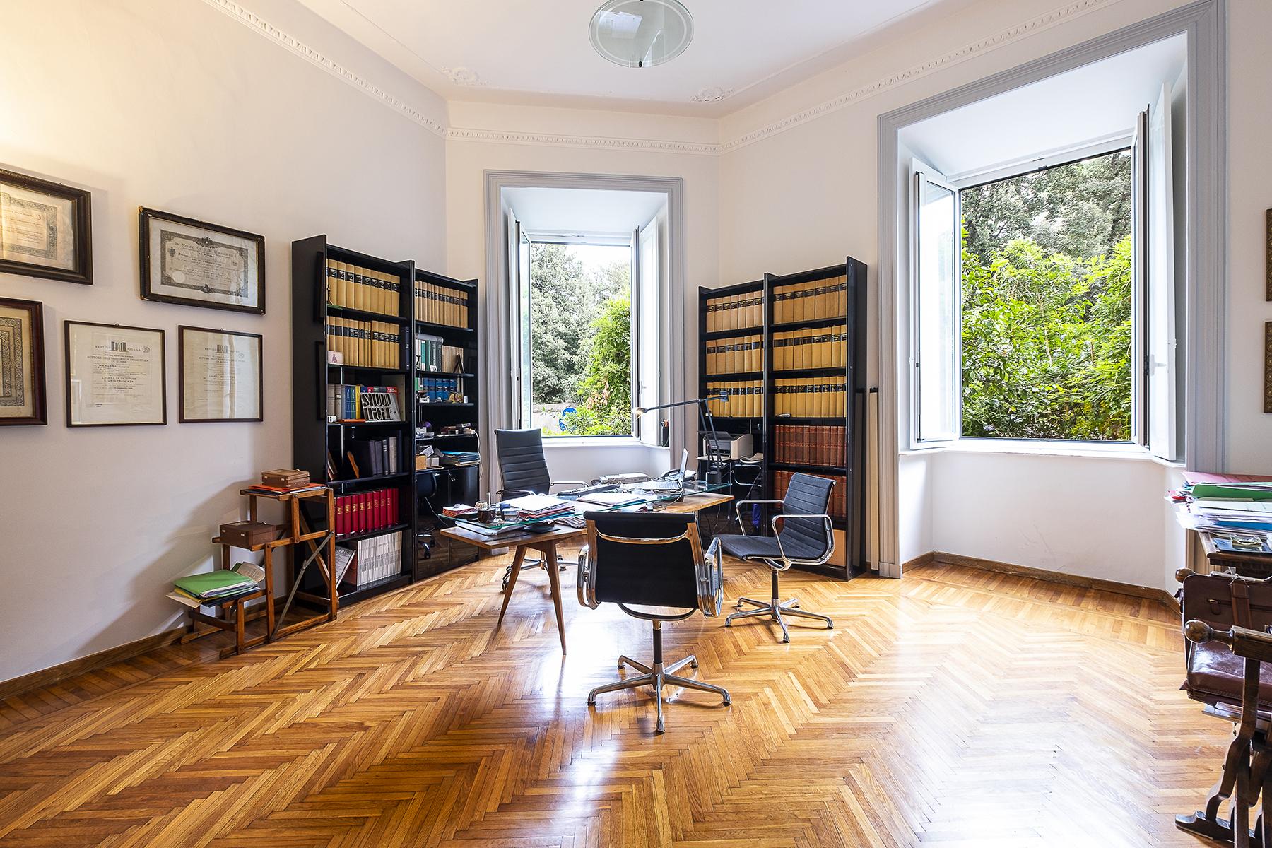 Appartamento in Vendita a Roma 02 Parioli / Pinciano / Flaminio: 5 locali, 313 mq