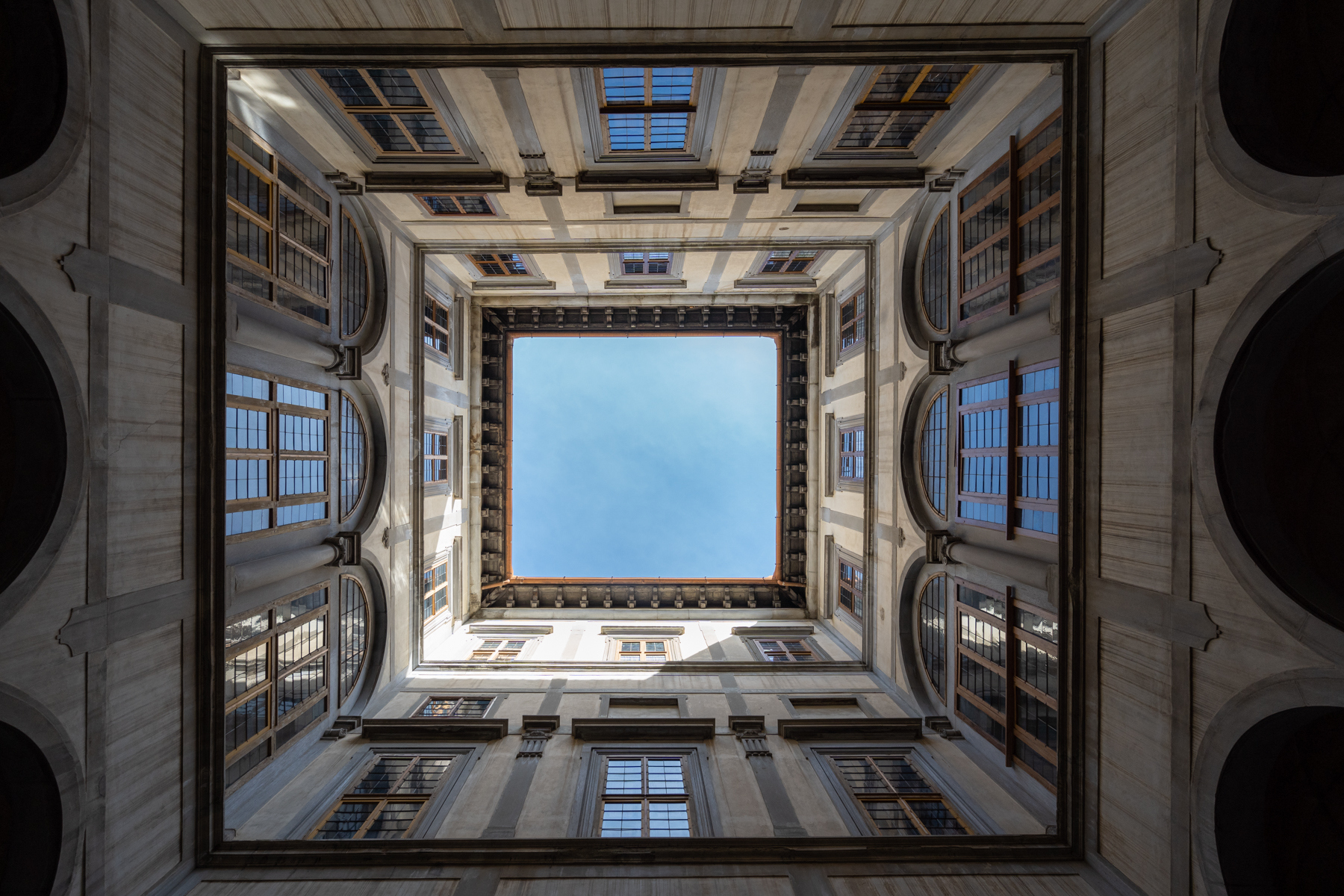 Appartamento in Affitto a Firenze Centro:  5 locali, 150 mq  - Foto 1