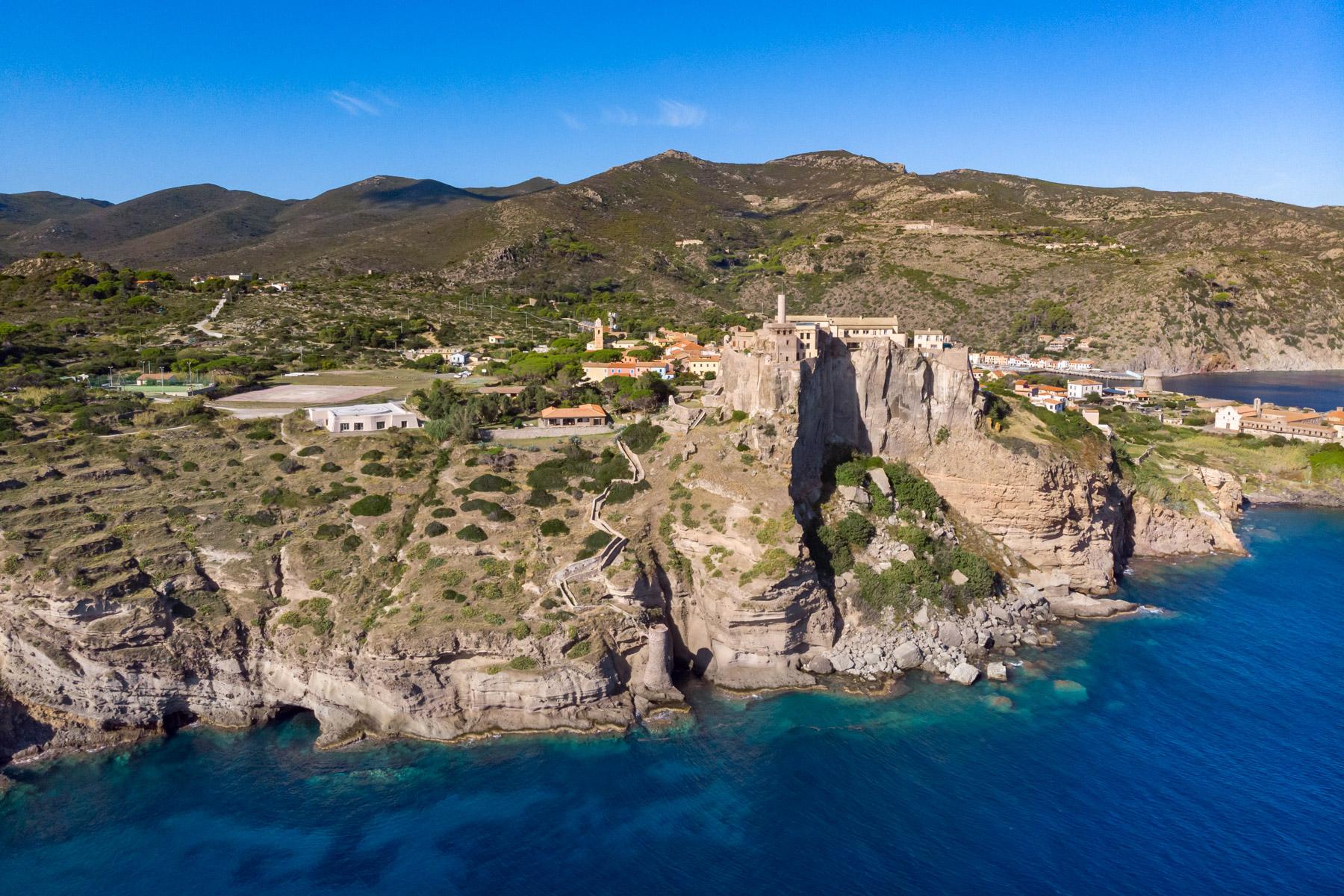 Villa in Vendita a Capraia Isola: 5 locali, 320 mq - Foto 26