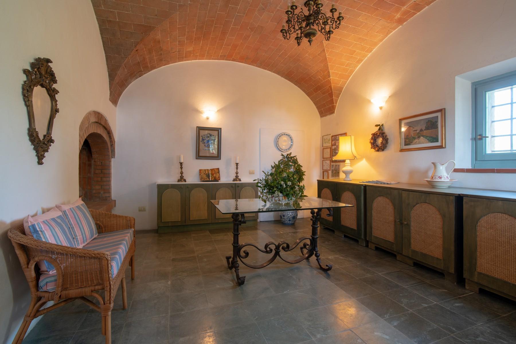 Rustico in Vendita a San Gimignano: 5 locali, 615 mq - Foto 8