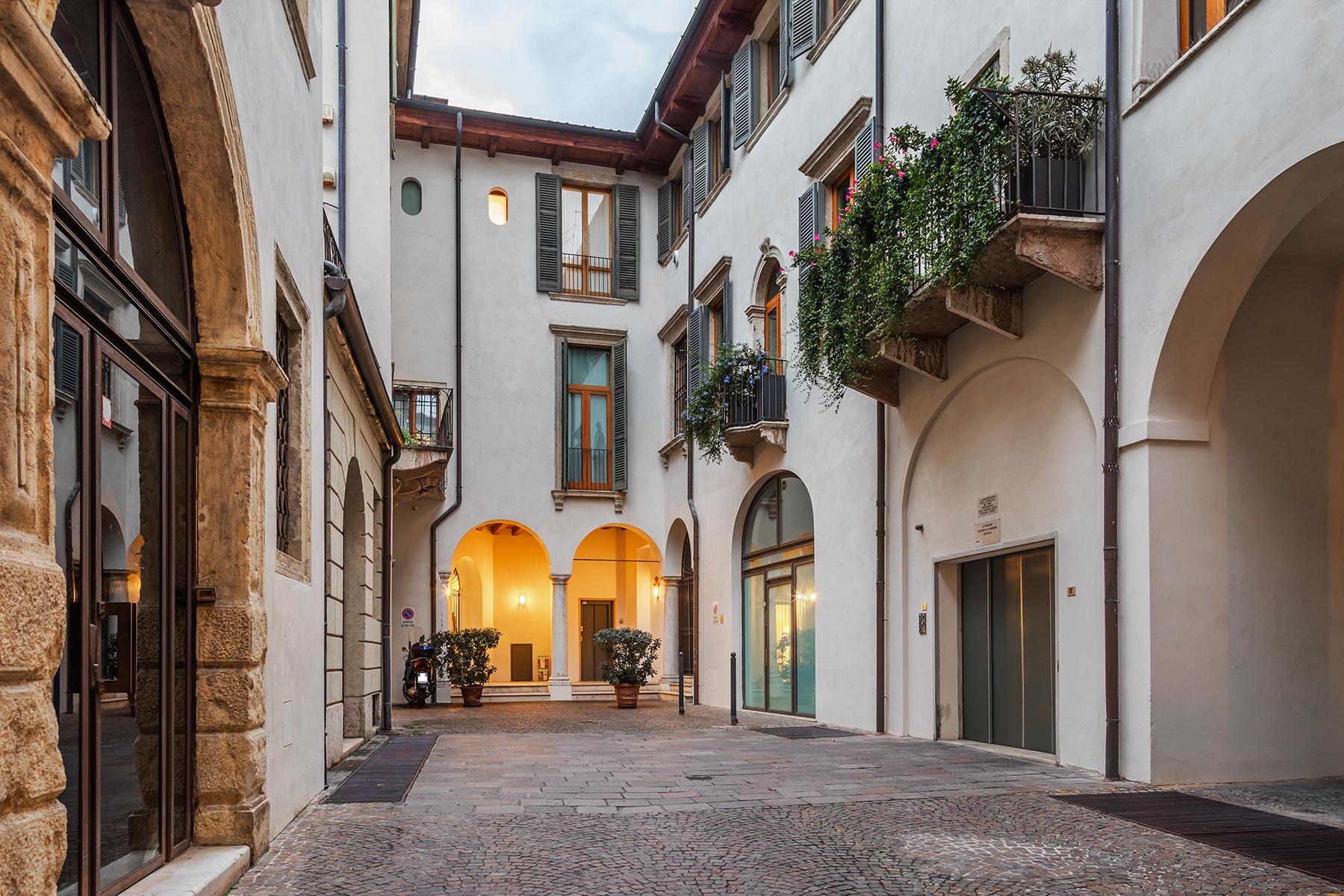 Attico in Vendita a Verona: 5 locali, 280 mq - Foto 18