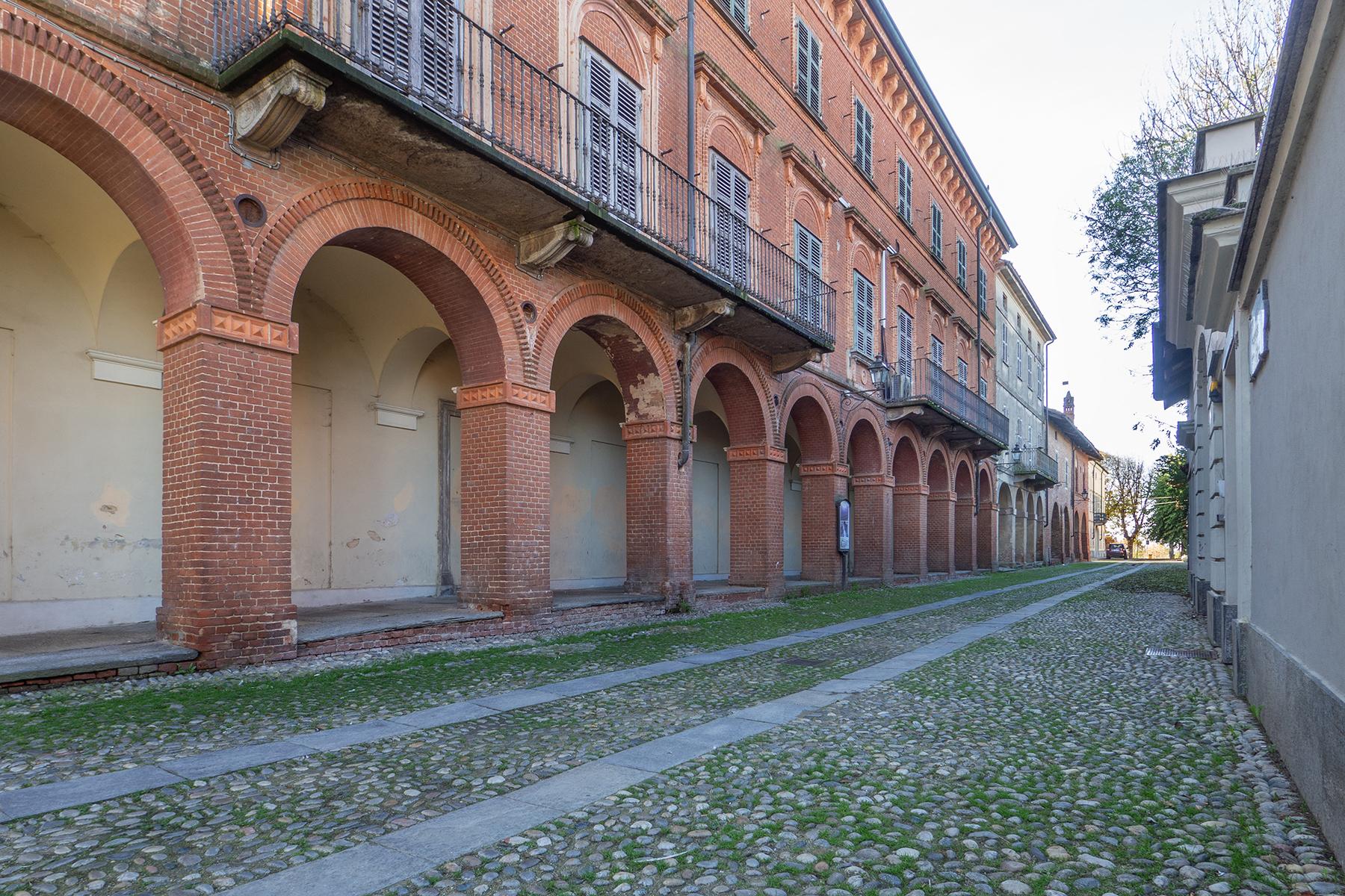 Palazzo in Vendita a Poirino: 5 locali, 800 mq - Foto 3