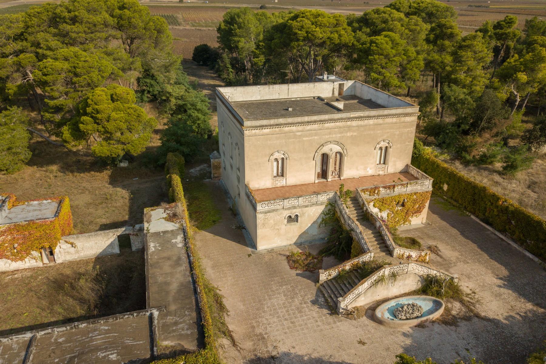 Villa in Vendita a Avetrana: 5 locali, 950 mq - Foto 2