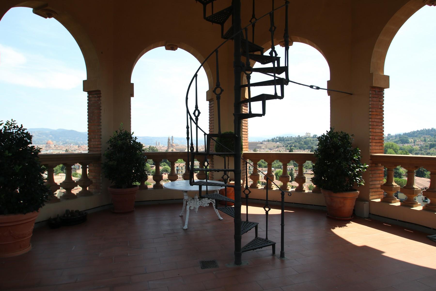 Appartamento in Vendita a Firenze via di bellosguardo