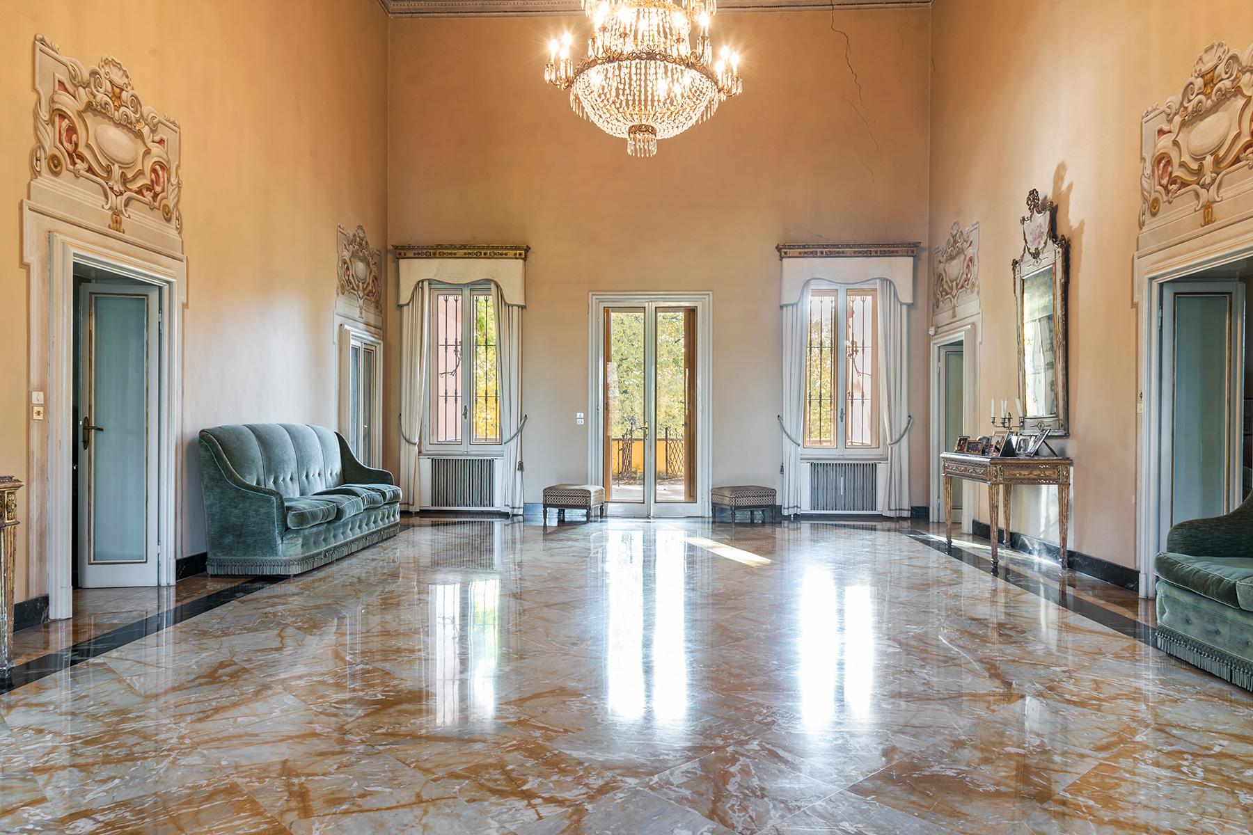 Villa in Vendita a Parma via don giovanni caminati