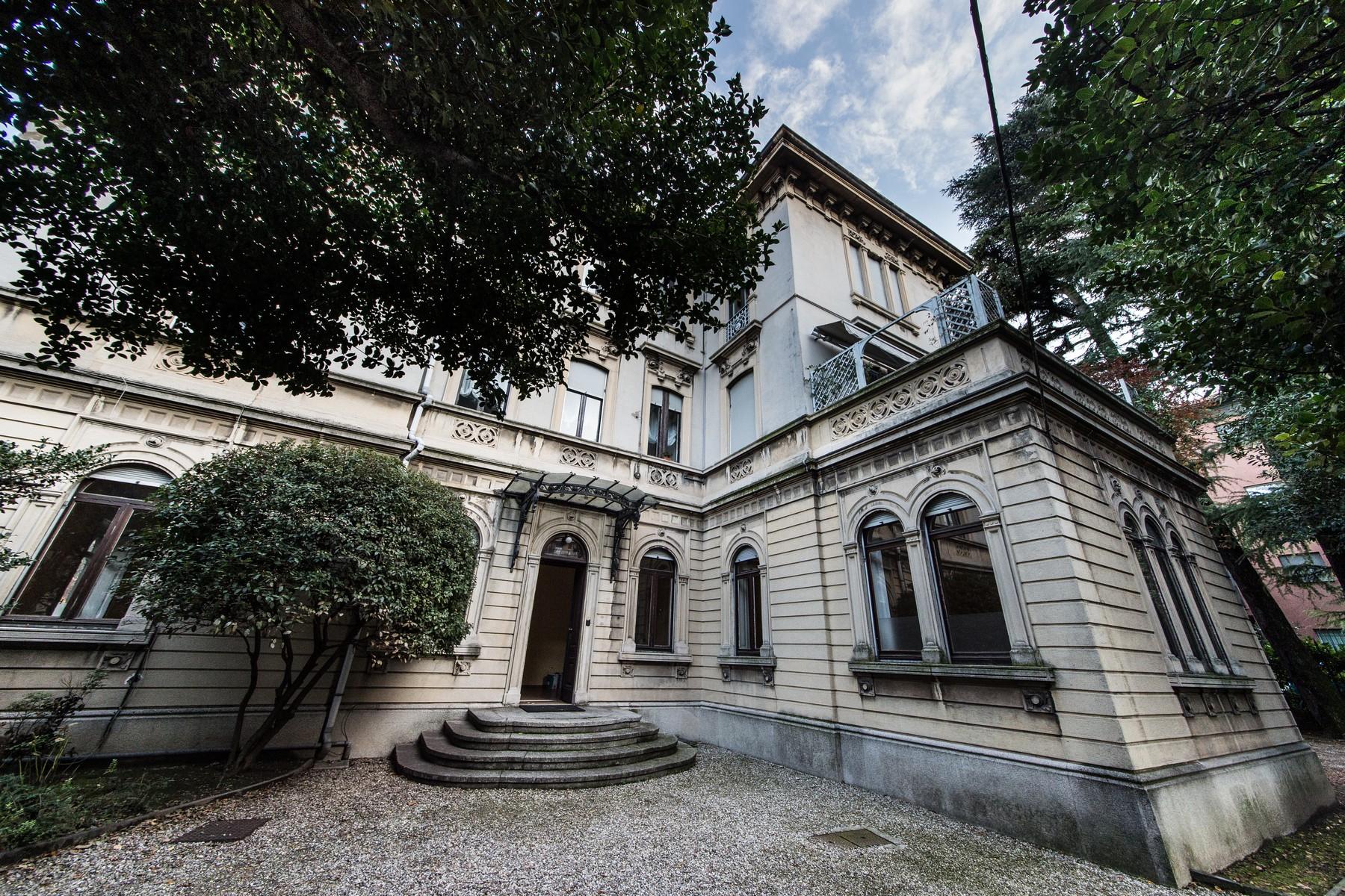 Appartamento in Vendita a Como: 5 locali, 230 mq - Foto 3