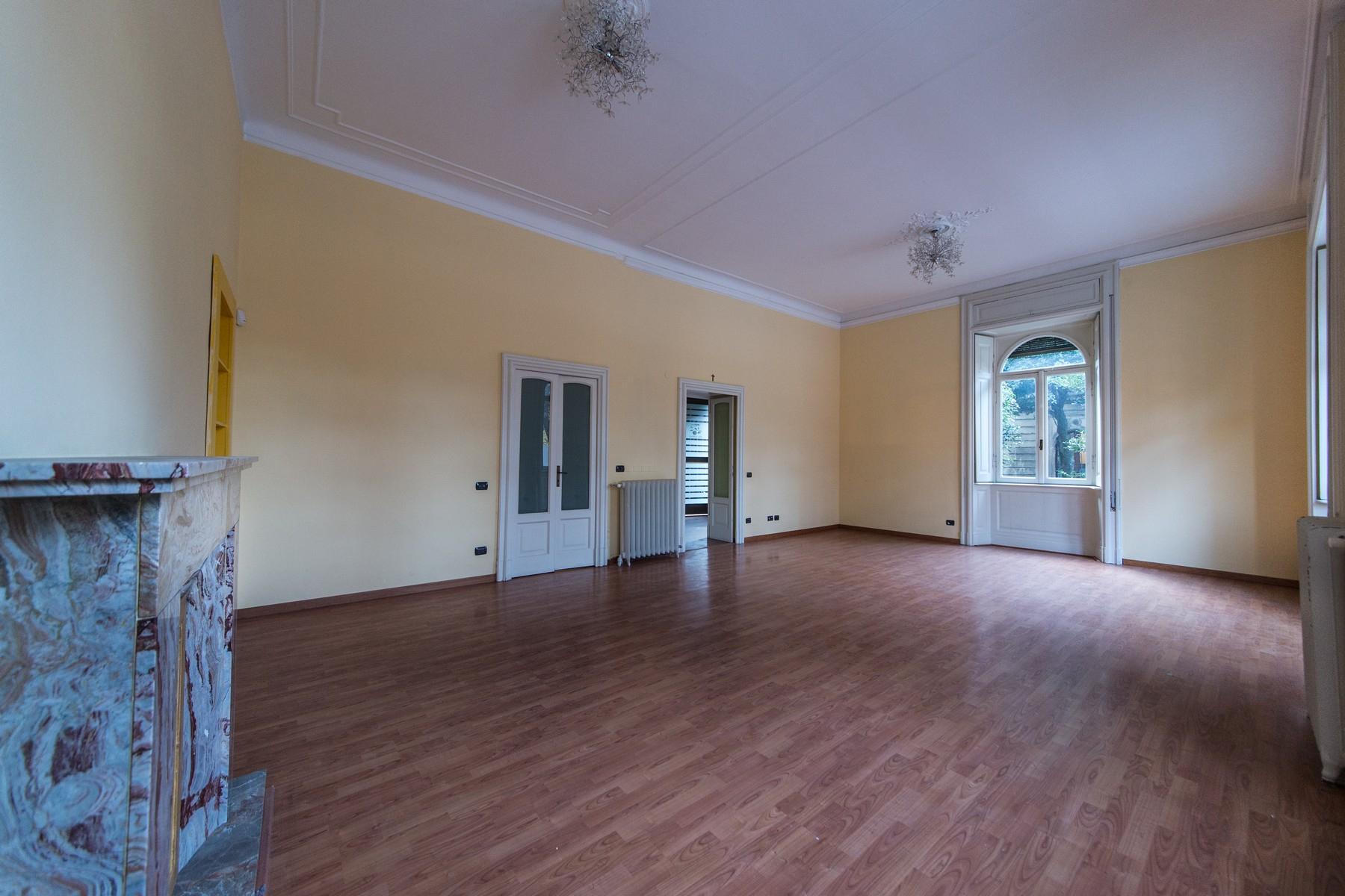 Appartamento in Vendita a Como: 5 locali, 230 mq - Foto 7